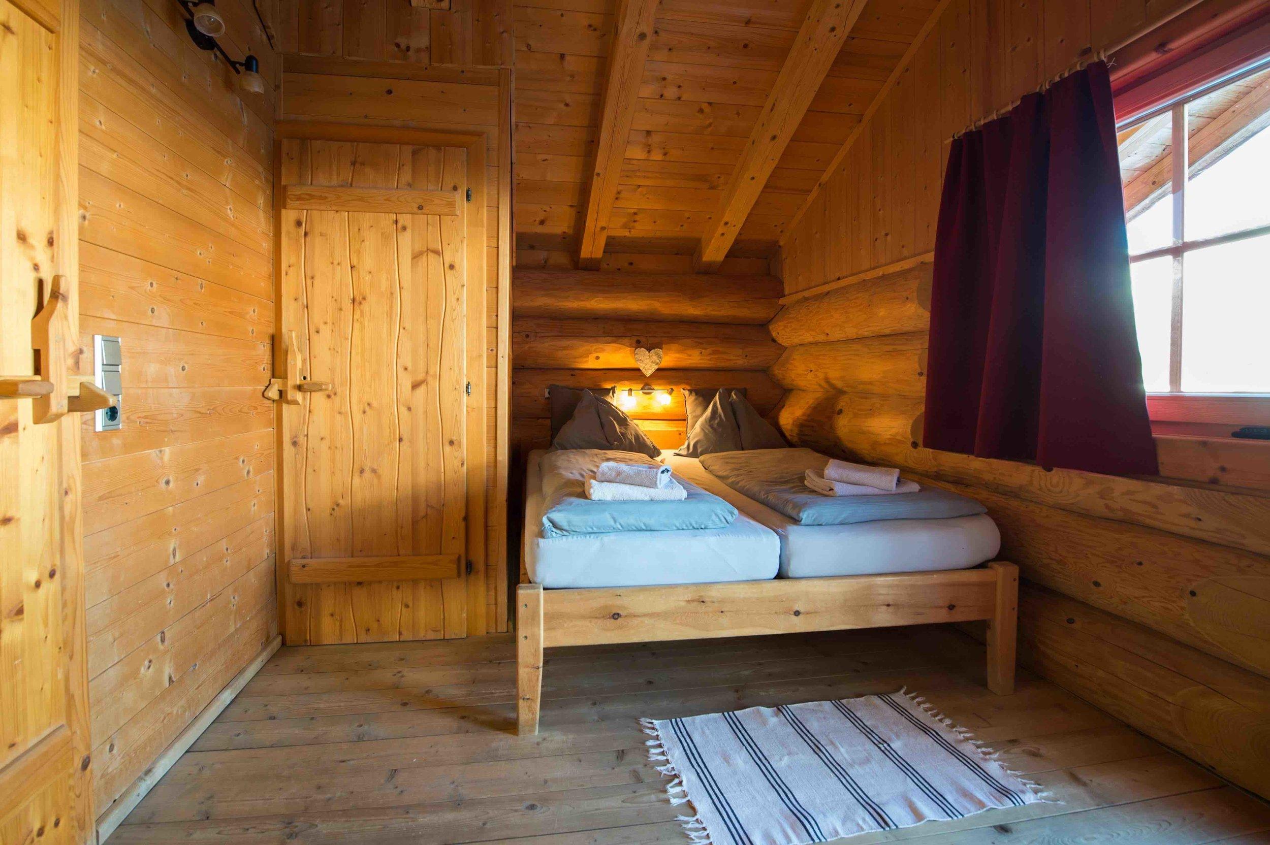 3 Zimmer mit eigenem Bad