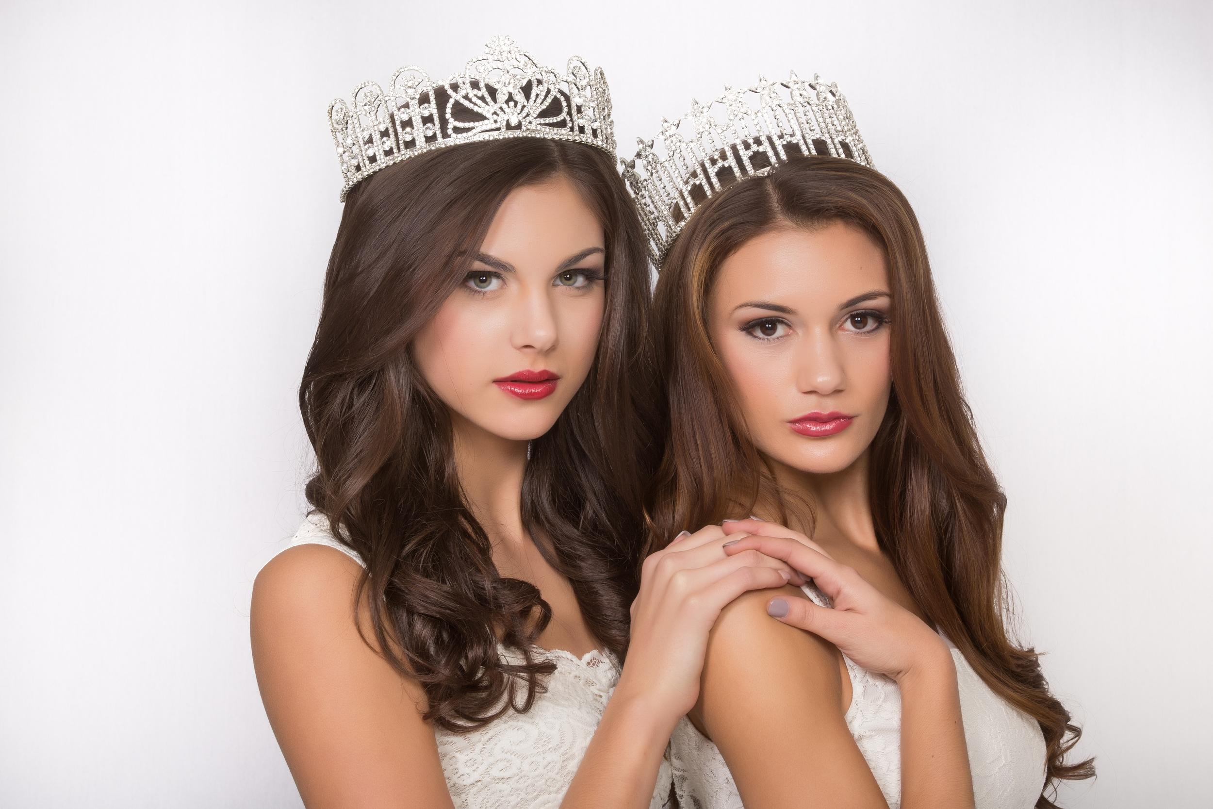 Miss Louisiana Teen USA + Miss Louisiana USA wearing Verde Beauty Lip Stains!
