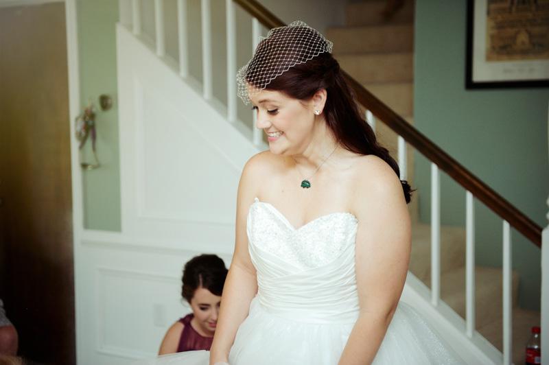 Bride Amanda Veade (1 of 11).jpg
