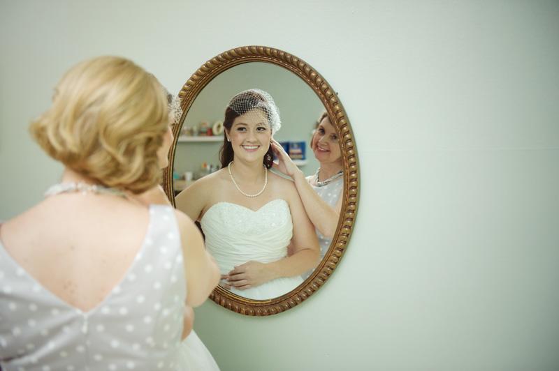 Bride Amanda Veade (3 of 11).jpg