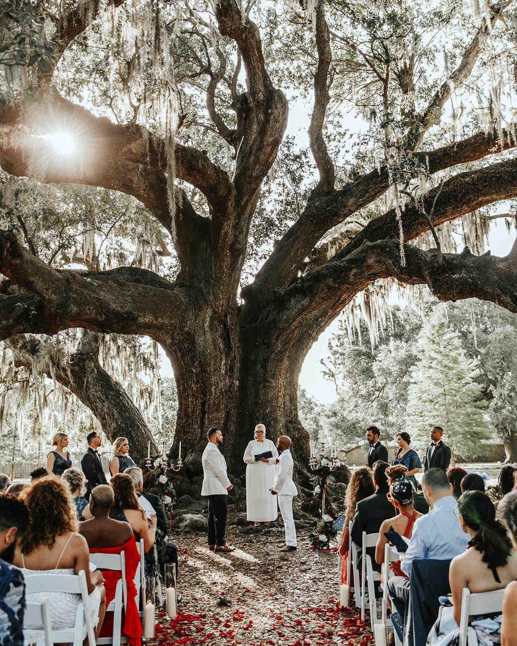 joe-tim-wedding-ceremony-0867-1018_vert.jpg