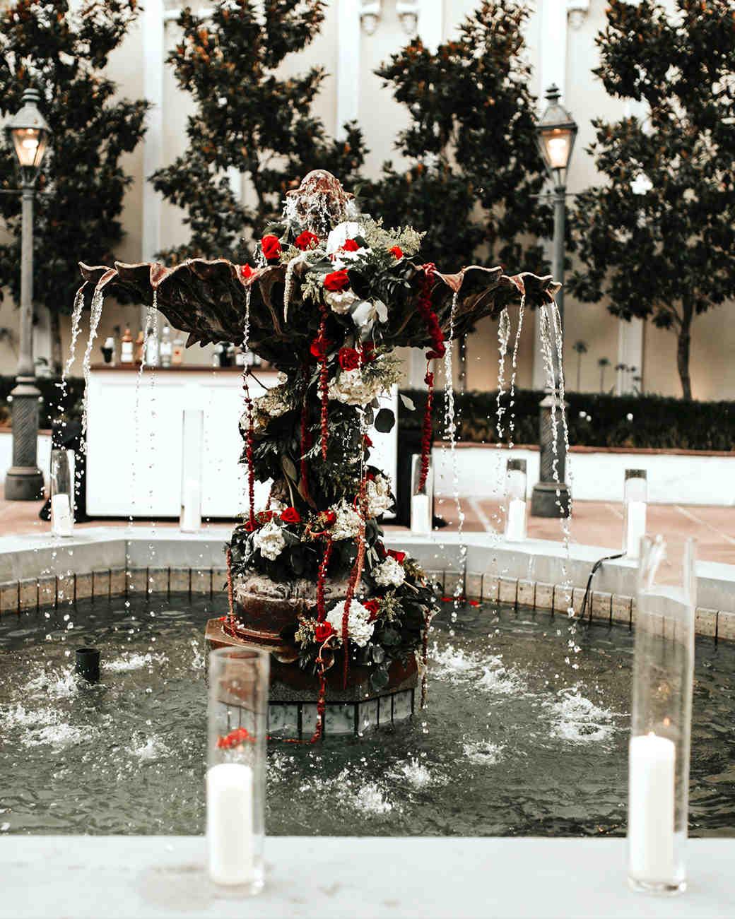 joe-tim-wedding-fountain-490-1018_vert.jpg