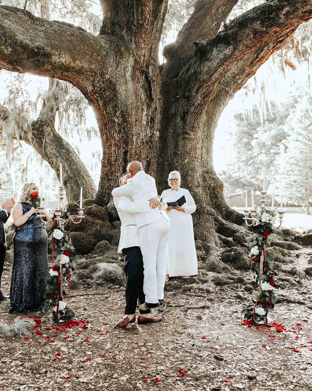 joe-tim-wedding-ceremony-lift-0968-1018_vert.jpg