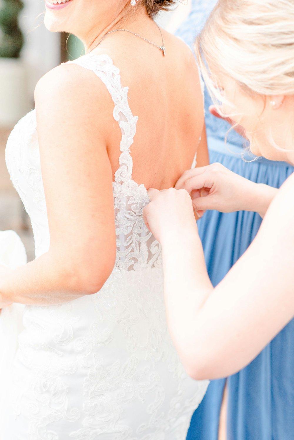 b69714ef-blue-and-green-garden-wedding-in-la_0012.jpg