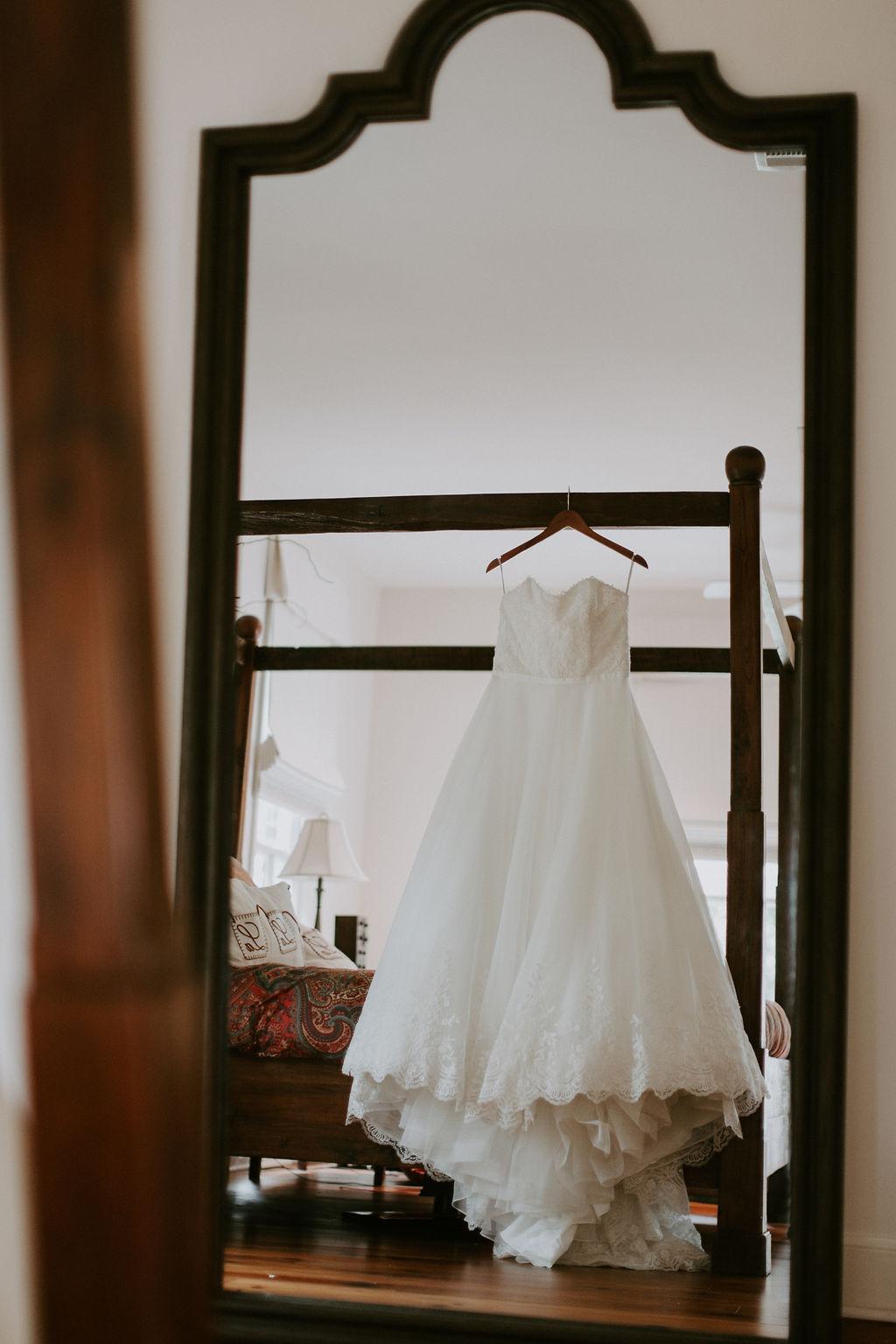 0001_miley_wedding.jpg