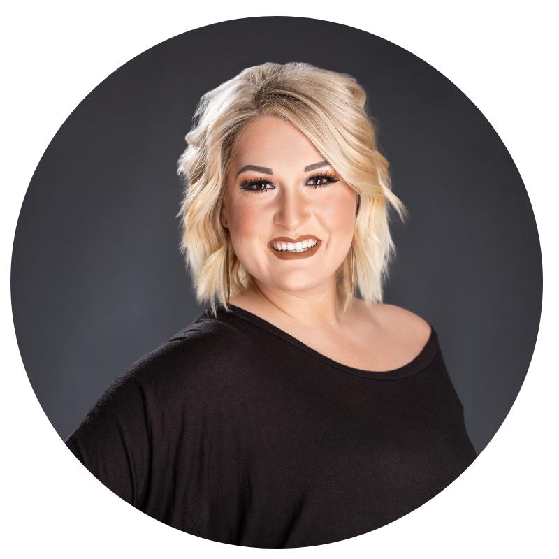 Amber | Hairstylist