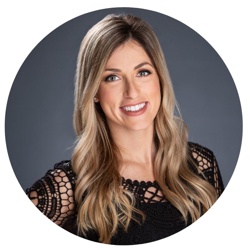 Alyssa G | Hairstylist