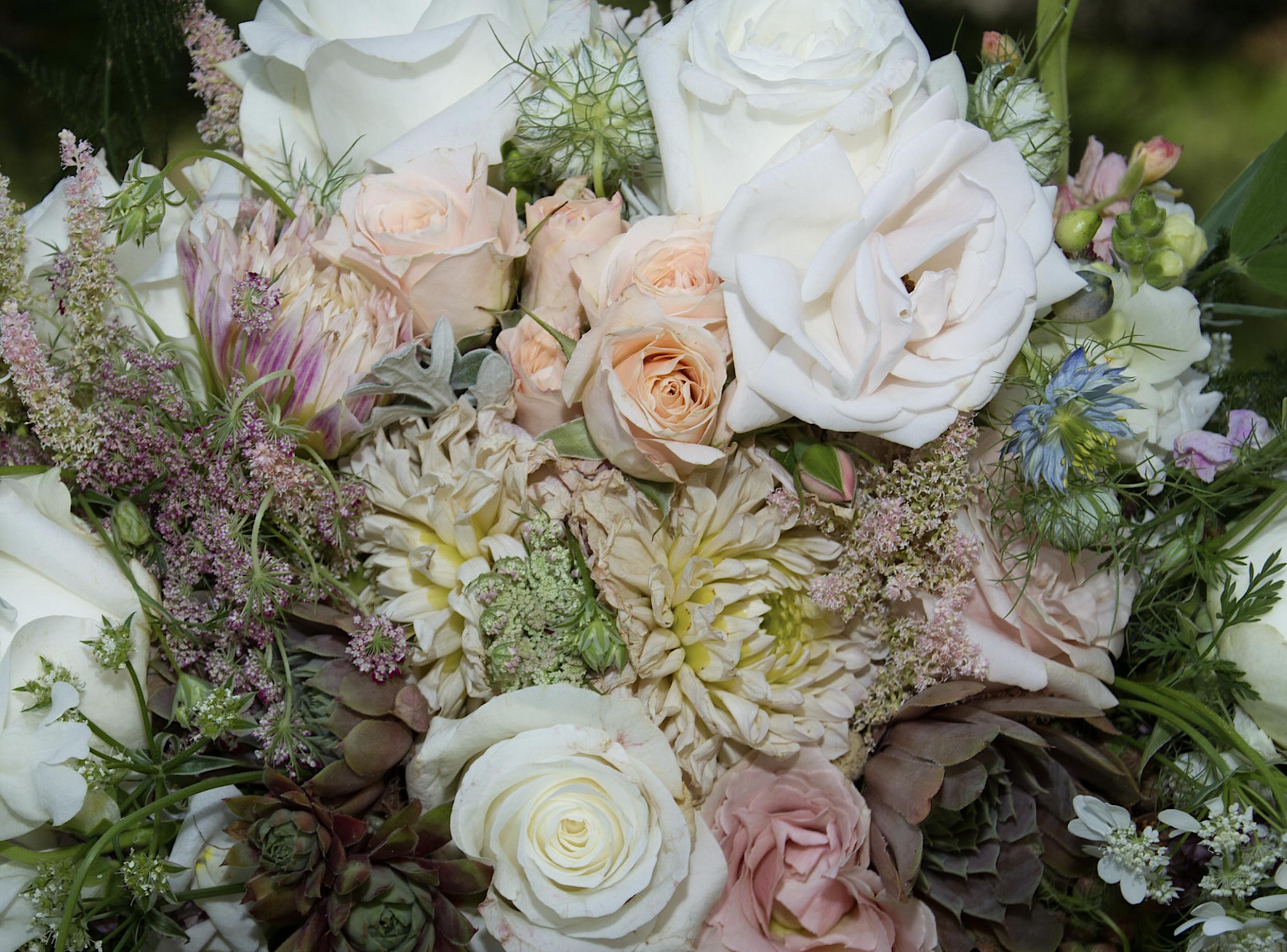 July 2019 bouquet.png