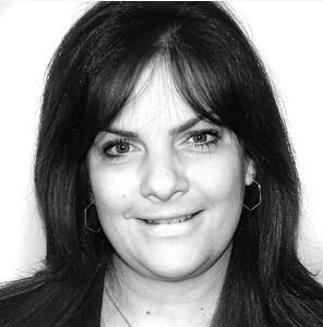 Laura Graham Headshot.png