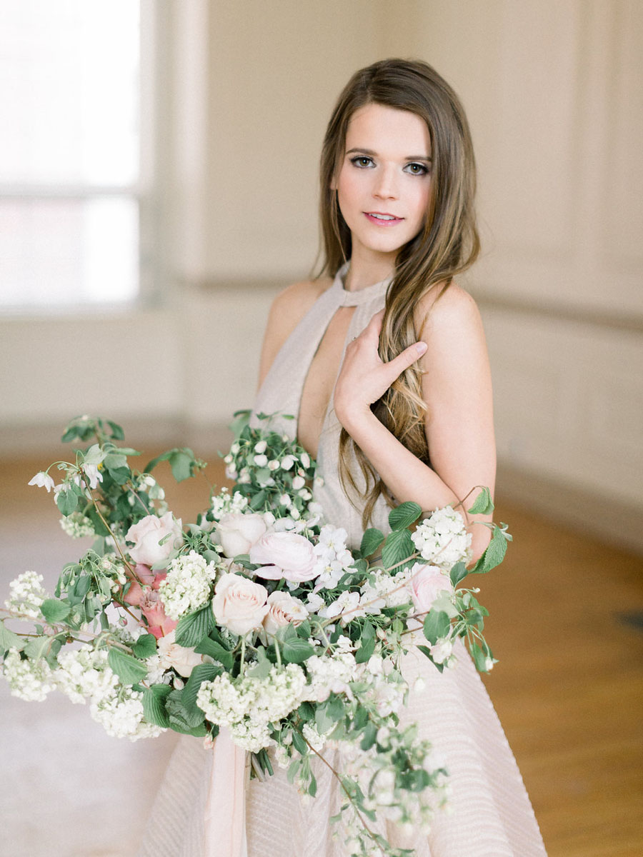 styled-shoot-jessica-blex-photography-modern-romantic-inspiration.jpg