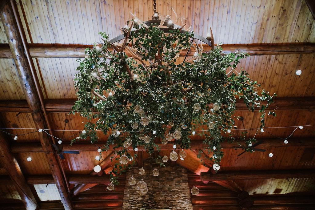 floral-installation-nebraksa-wedding-vow-renewal.jpg