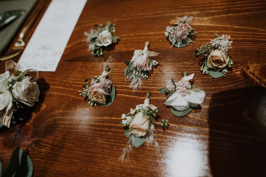 modern-bout-inspiration-petals-to-platinum.jpg