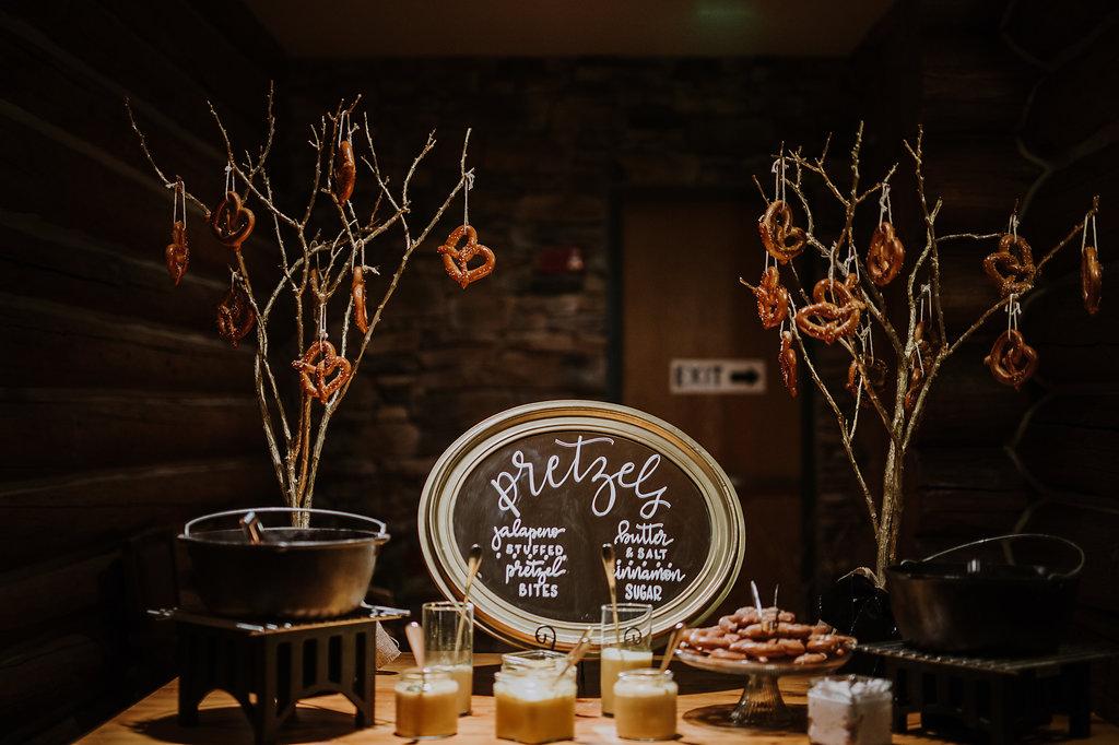 wedding-reception-food-ideas.jpg