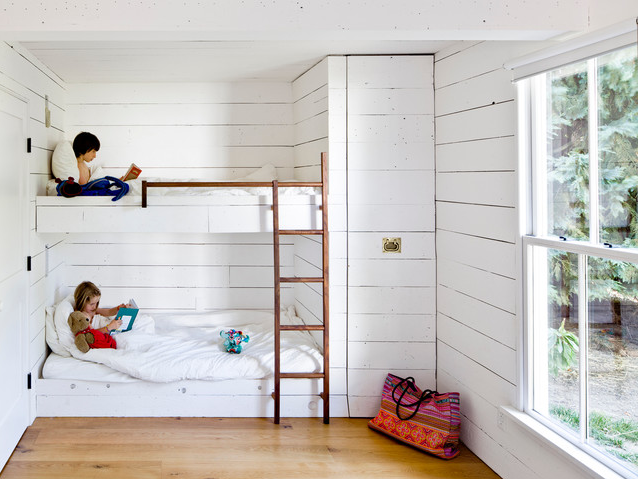 """Houzz Tour: A Family of 4 Unwinds in 540 Square Feet"" (Photograph by   Jessica Helgerson Design  )"