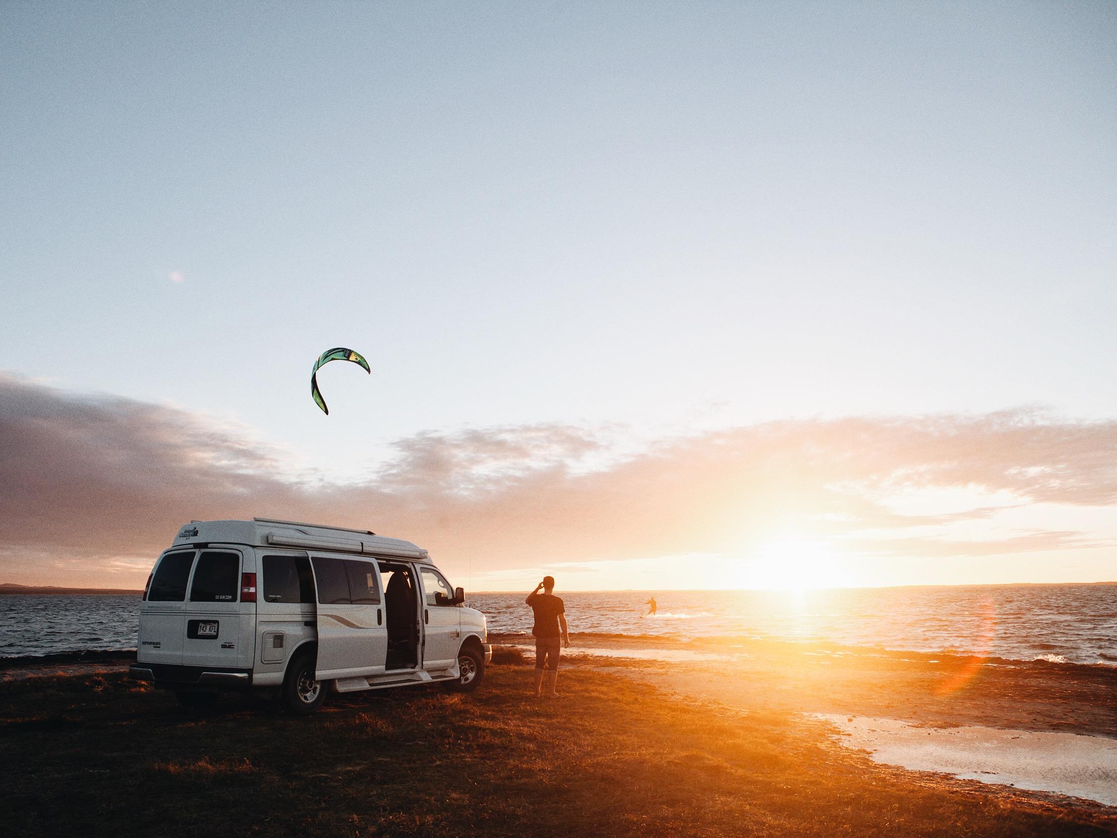 Kitesurfing, De la Martinique Beach, Magdalen Islands, Photo: Ariane Moisan
