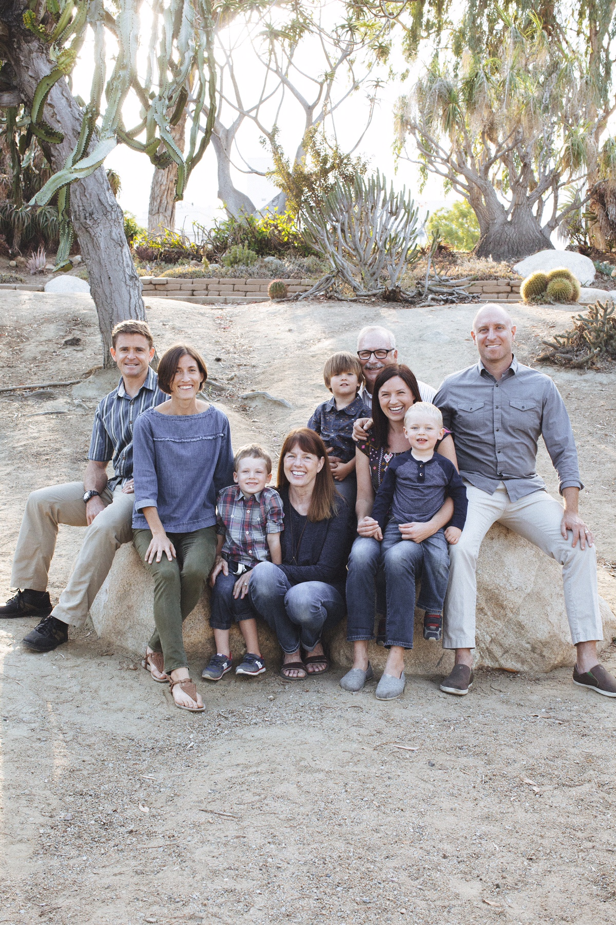 David with his wife Ann (lower seated) along with their two daughters, sons-in-law and grandchildren.