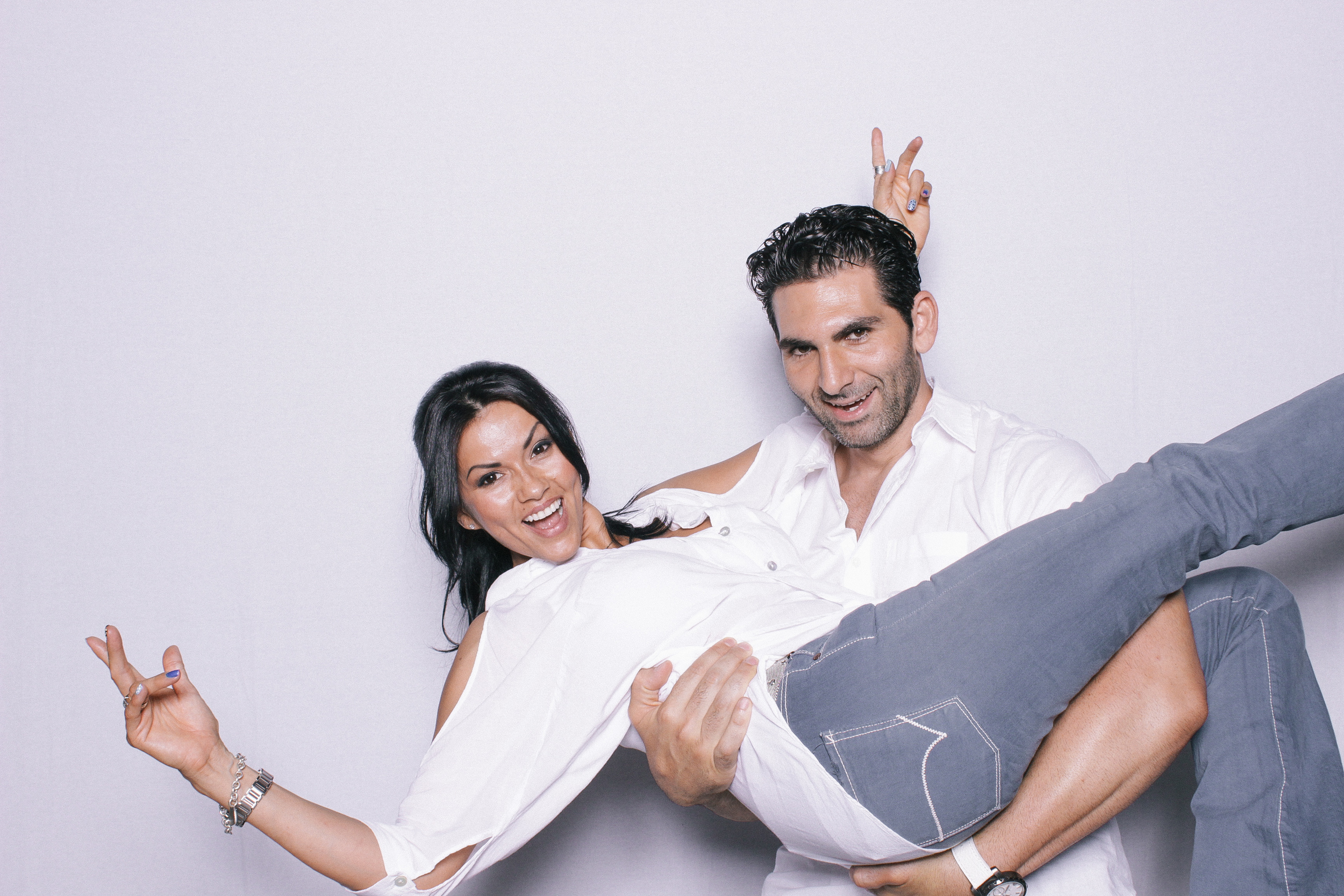 chico-photo-booth-clean-modern-white