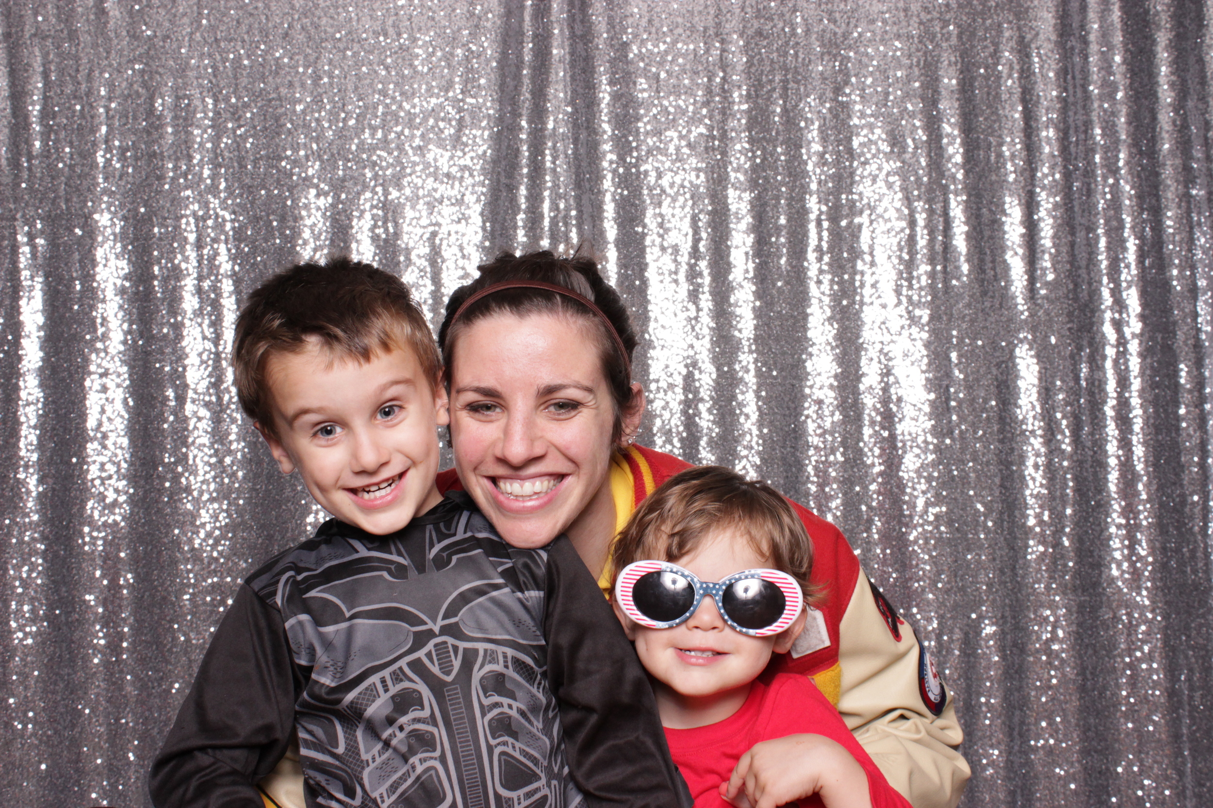 The little one's LOVED the photo booth, with it's easy to use interactive touchscreen :D