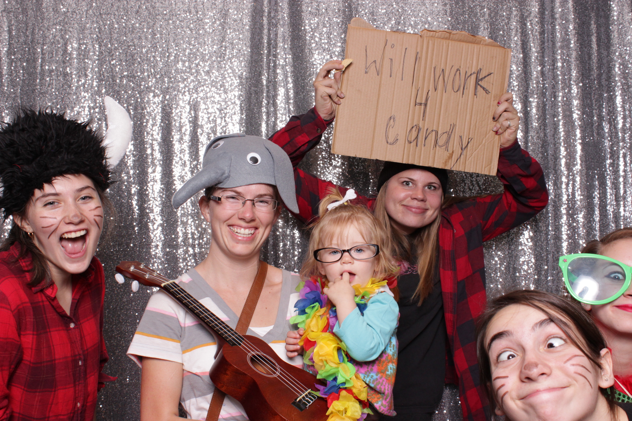 Love when people really pack it into the photo booth area for large group shots that you could never do in a traditional photo booth!