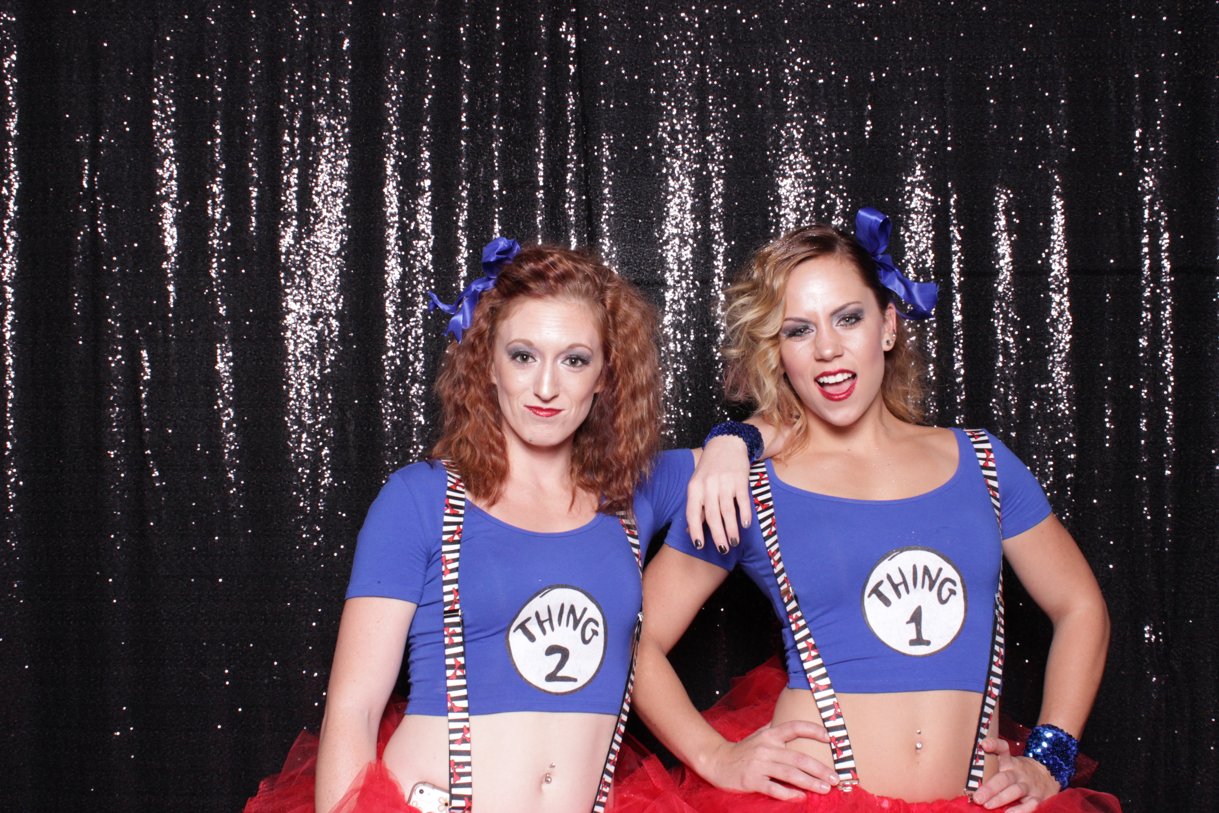 chico-california-open-air-photo-booth-rental-halloween-party-thing1-thing2