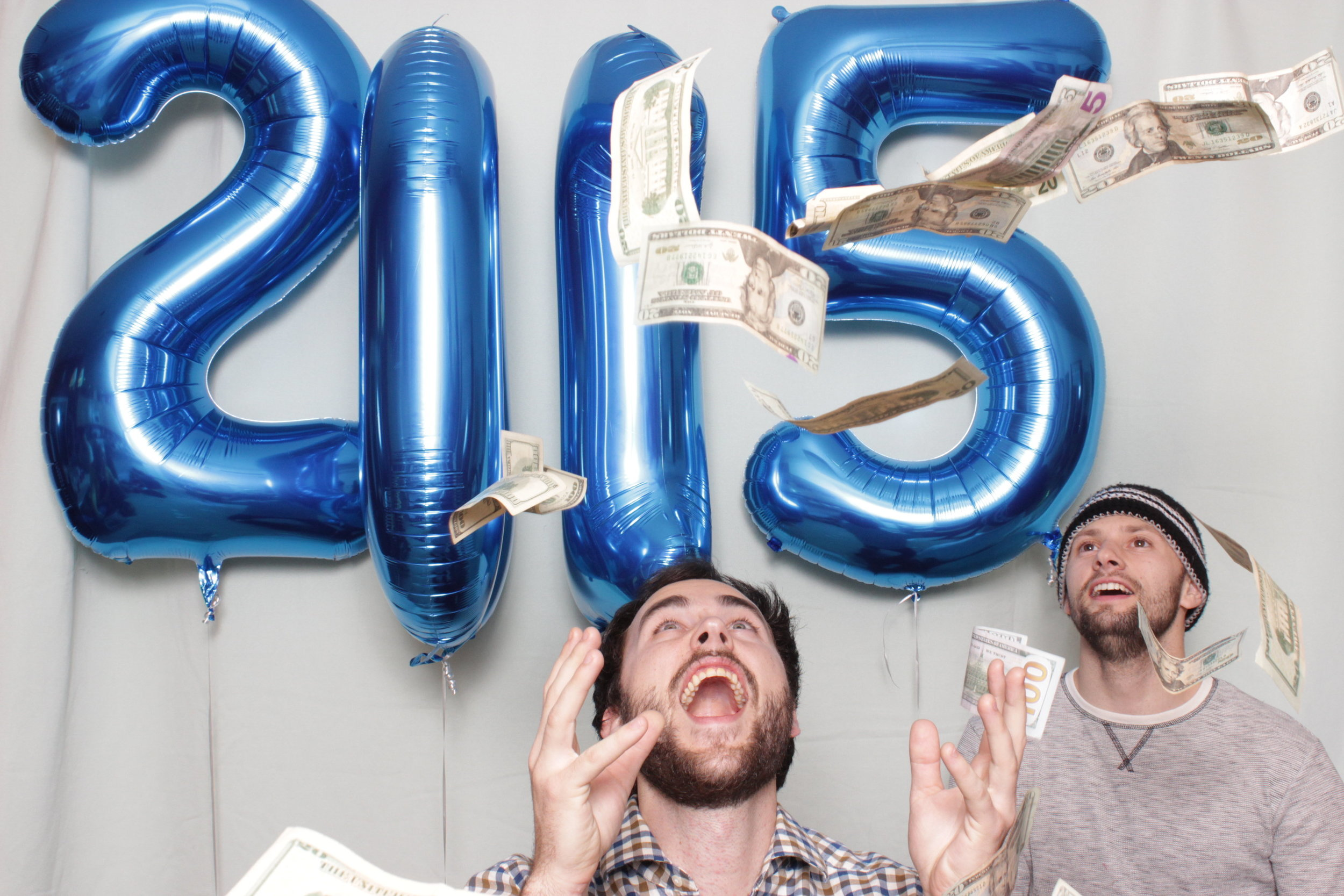 photo-booth-rental-in-chico-california-new-years-party-raining-money
