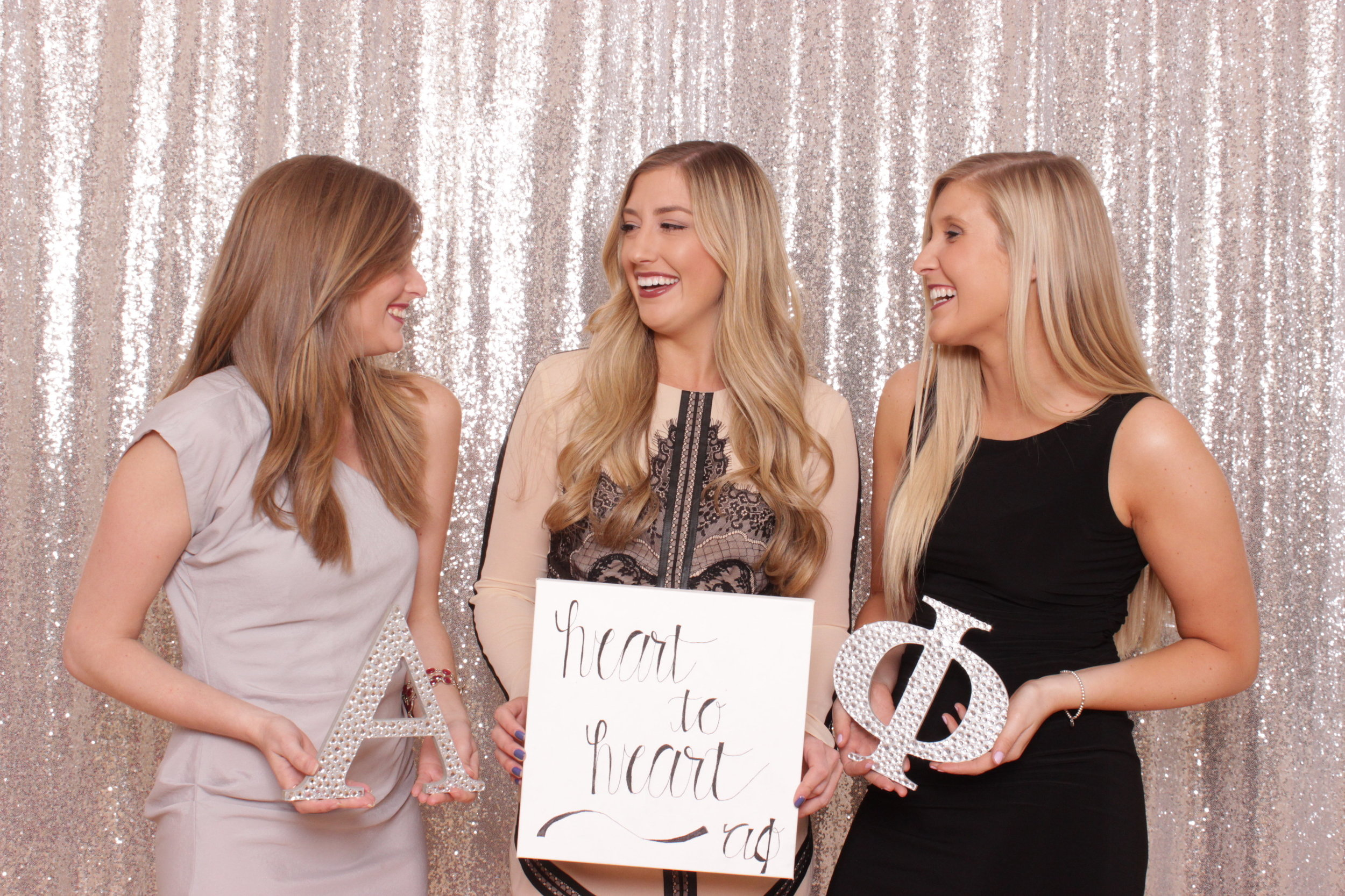 alpha-phi-girl-anniversary-party-photo-booth-rental