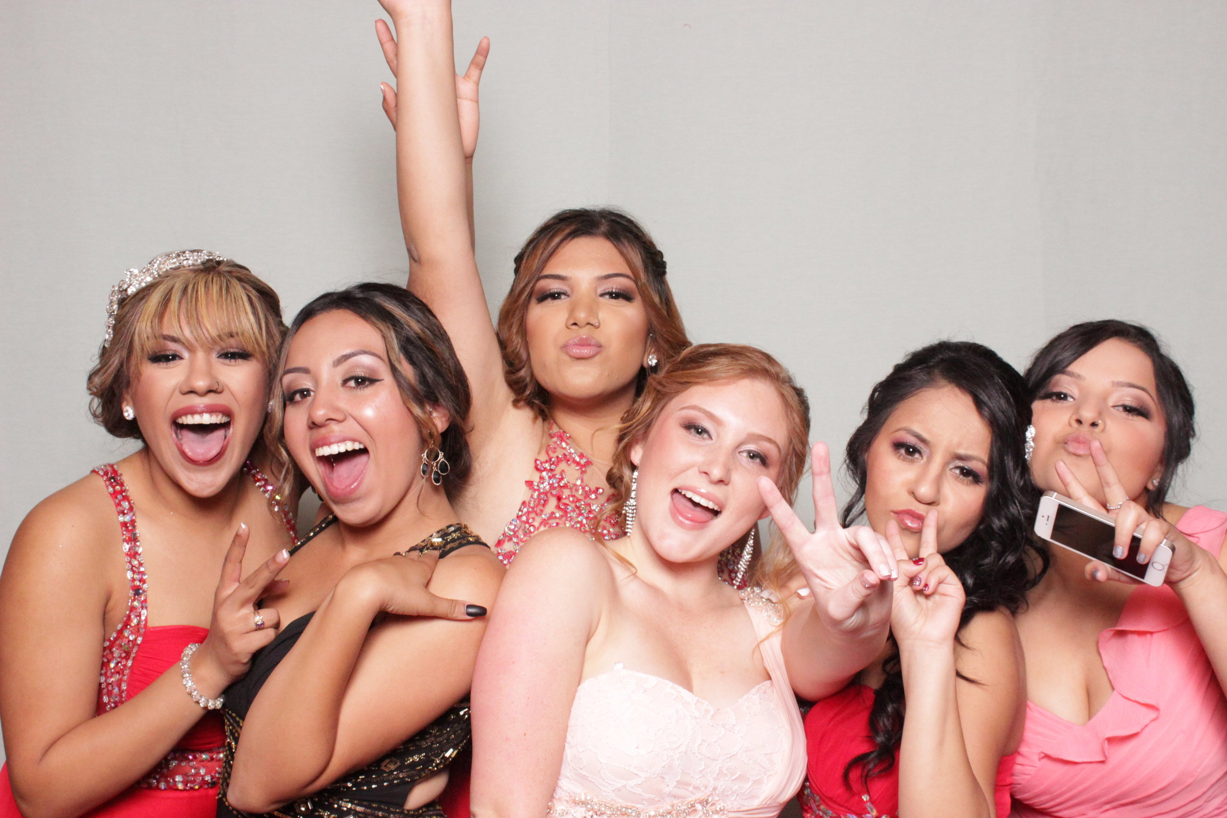 chico-fun-photo-booth-rental-prom