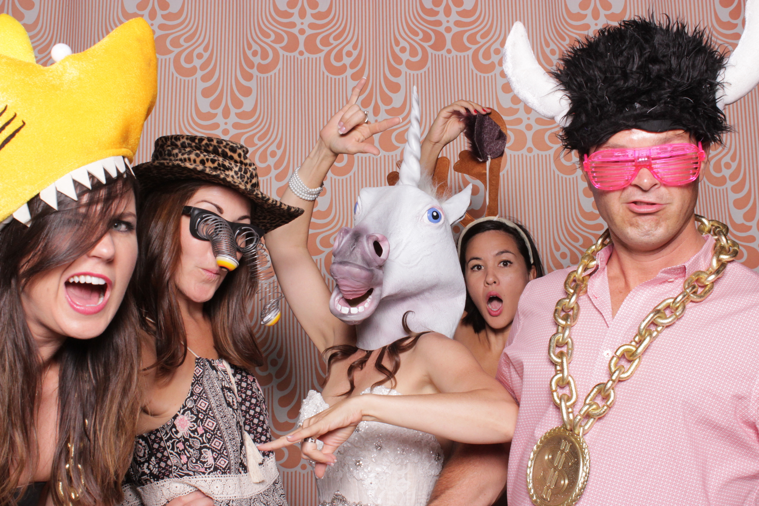 chico-photo-booth-rental-reception-guest-activities-gift