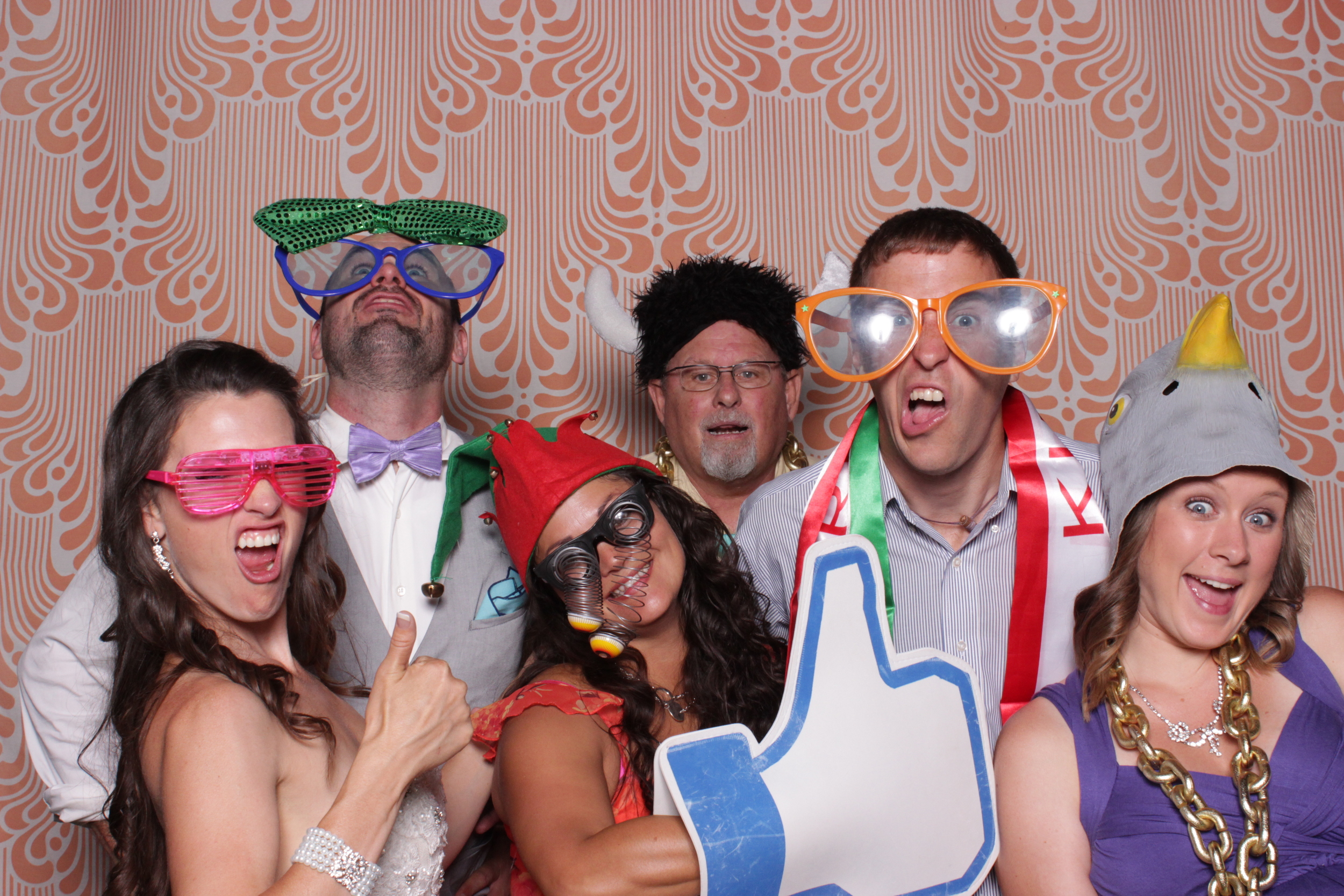 chico-photo-booth-rental-reception-guest-activities-group-print-gift