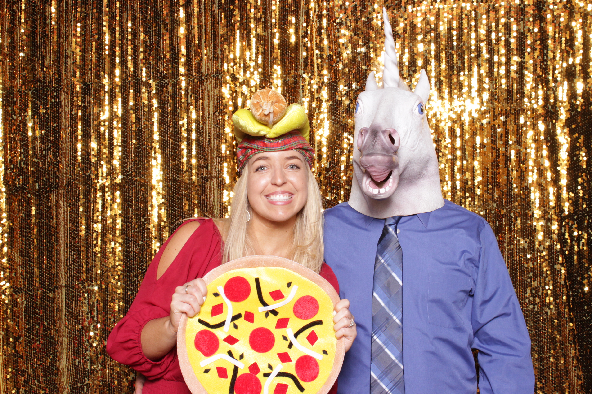 pizza-prop-photo-booth-sequins