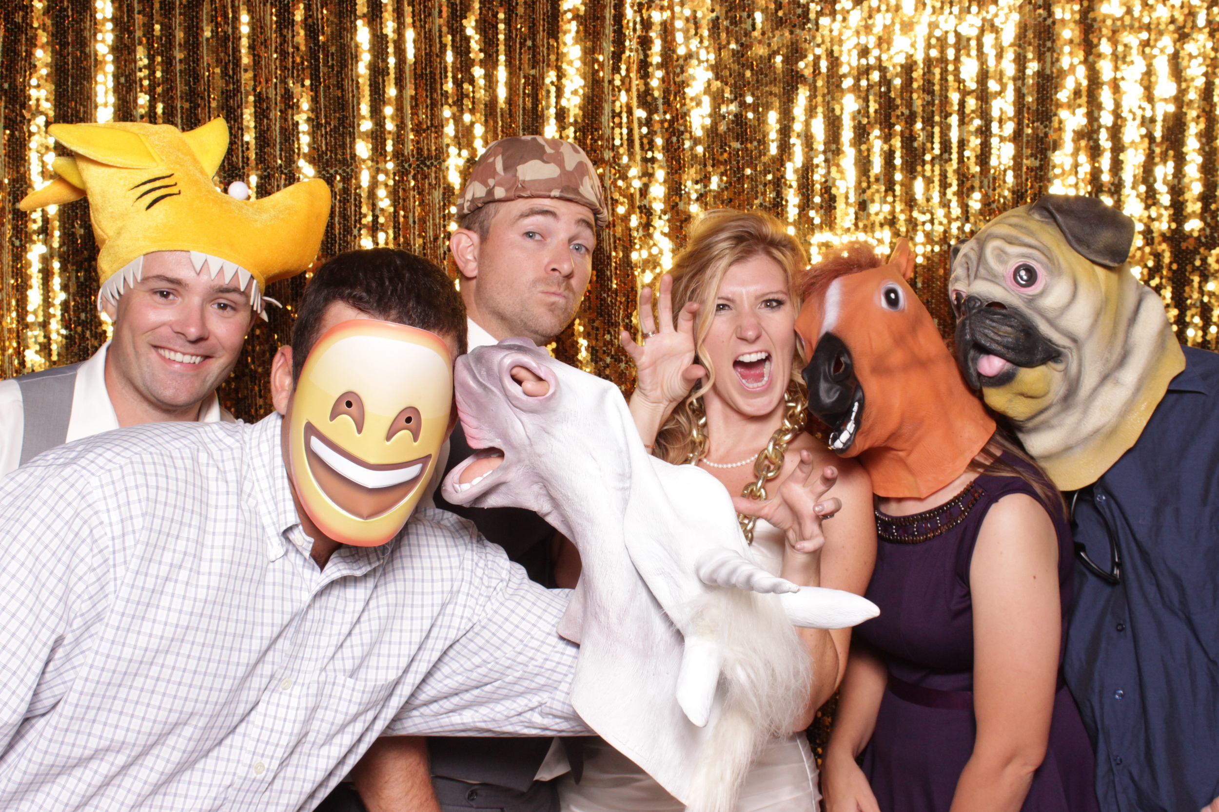 tuscan-ridge-photo-booth-rental-reception-fun