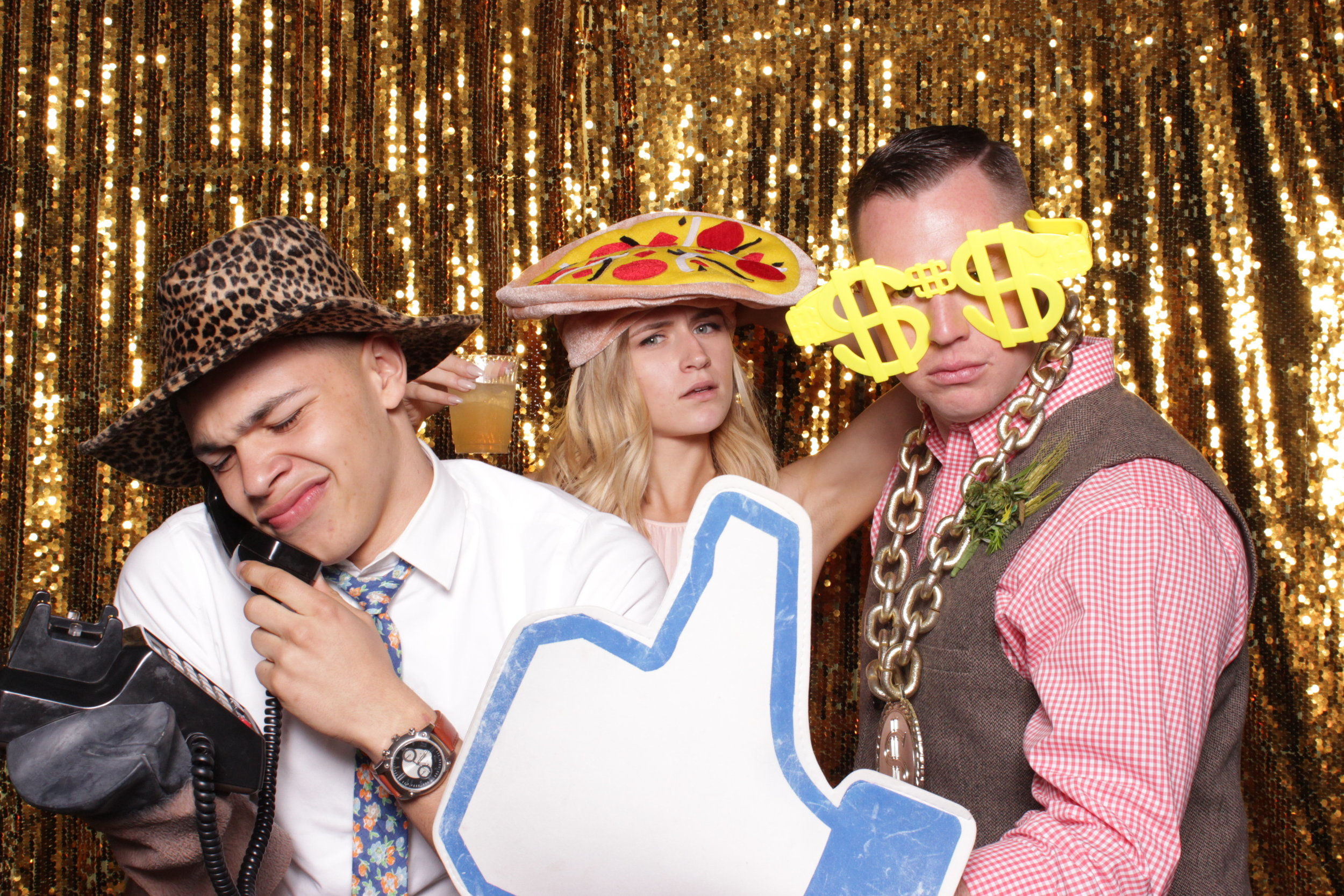 chico-wedding-photo-booth-rental-funny-people