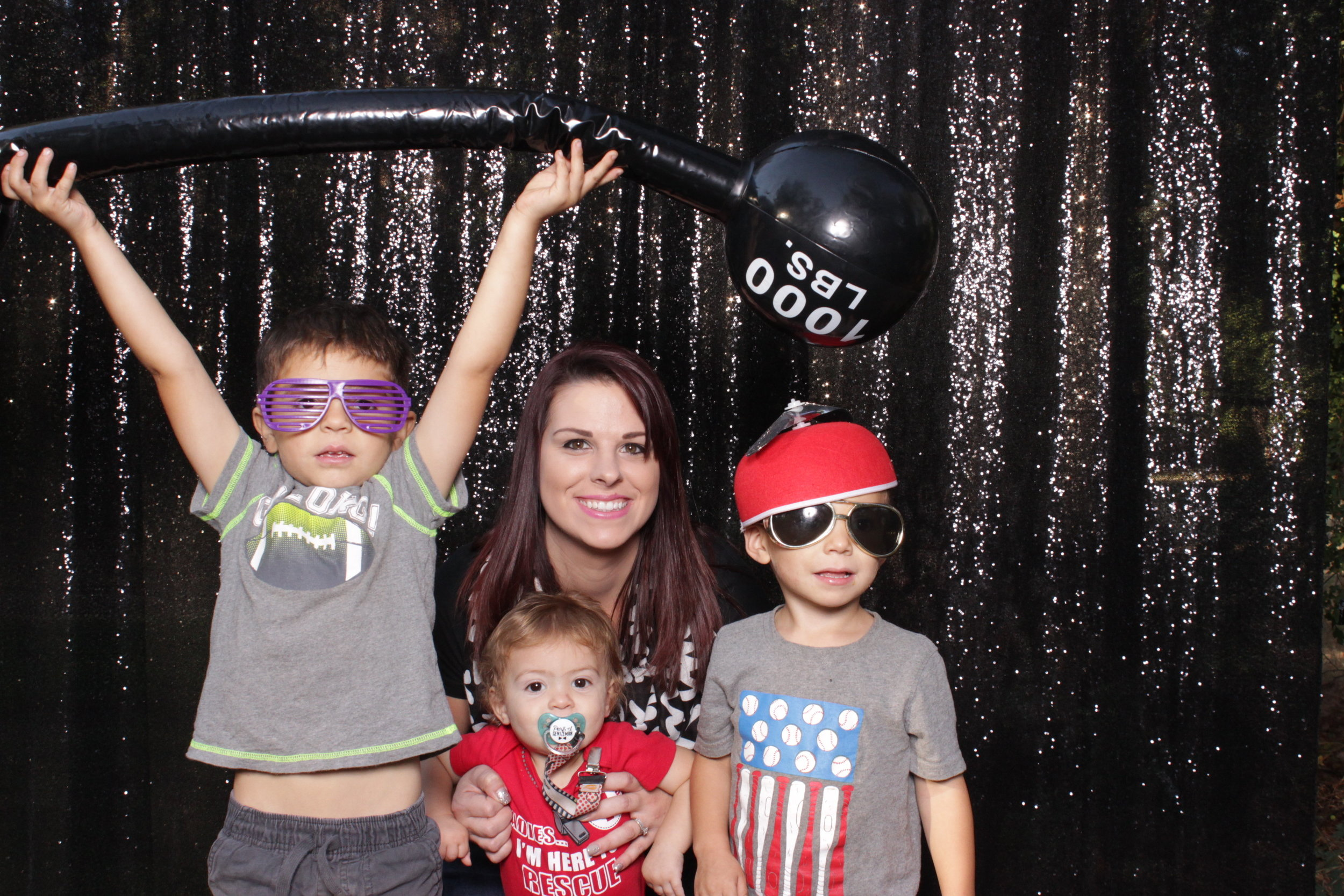 photo-booths-in-chico-rental-run-corporate-kids