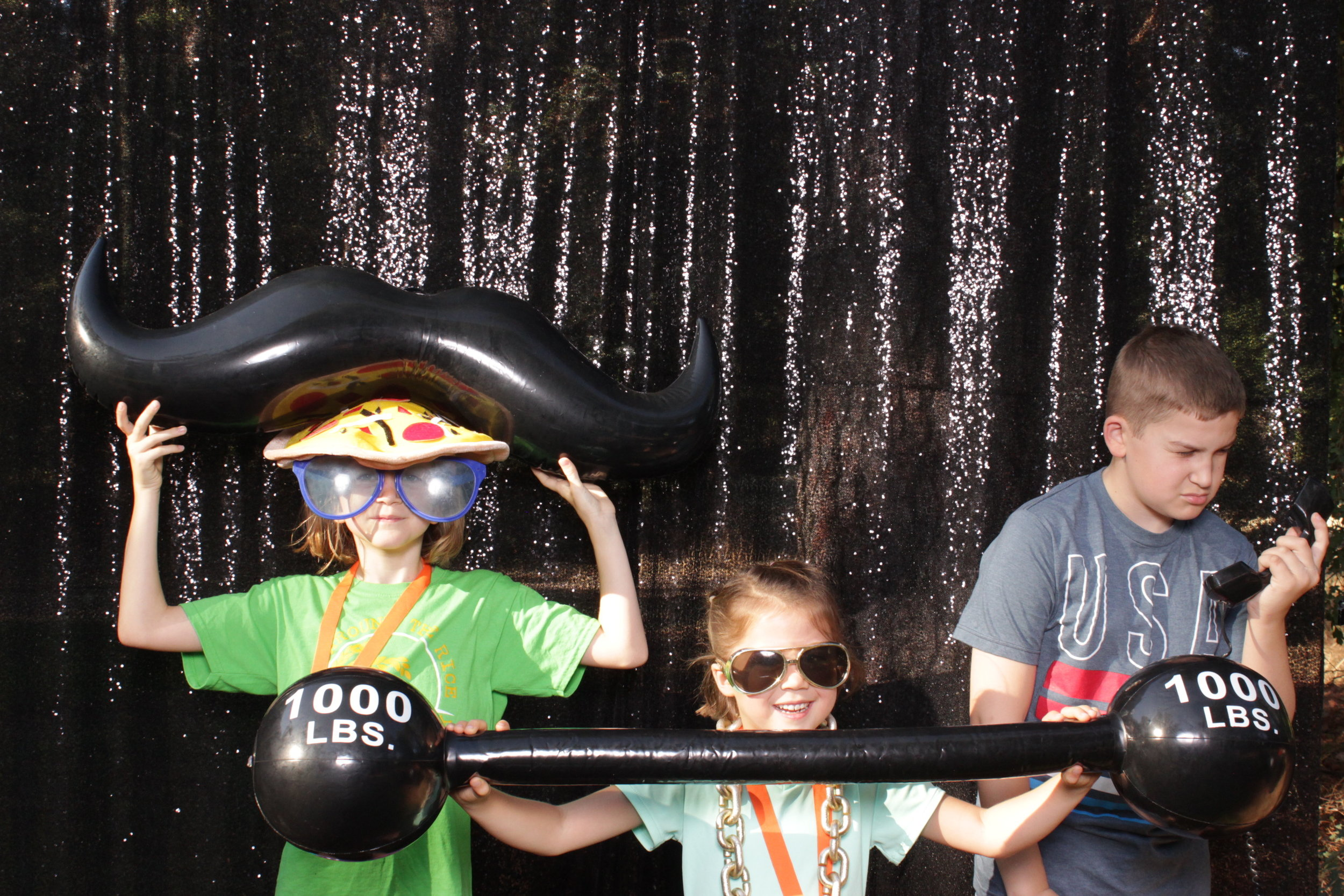 photo-booths-in-chico-rental-run-corporate-funny-kids