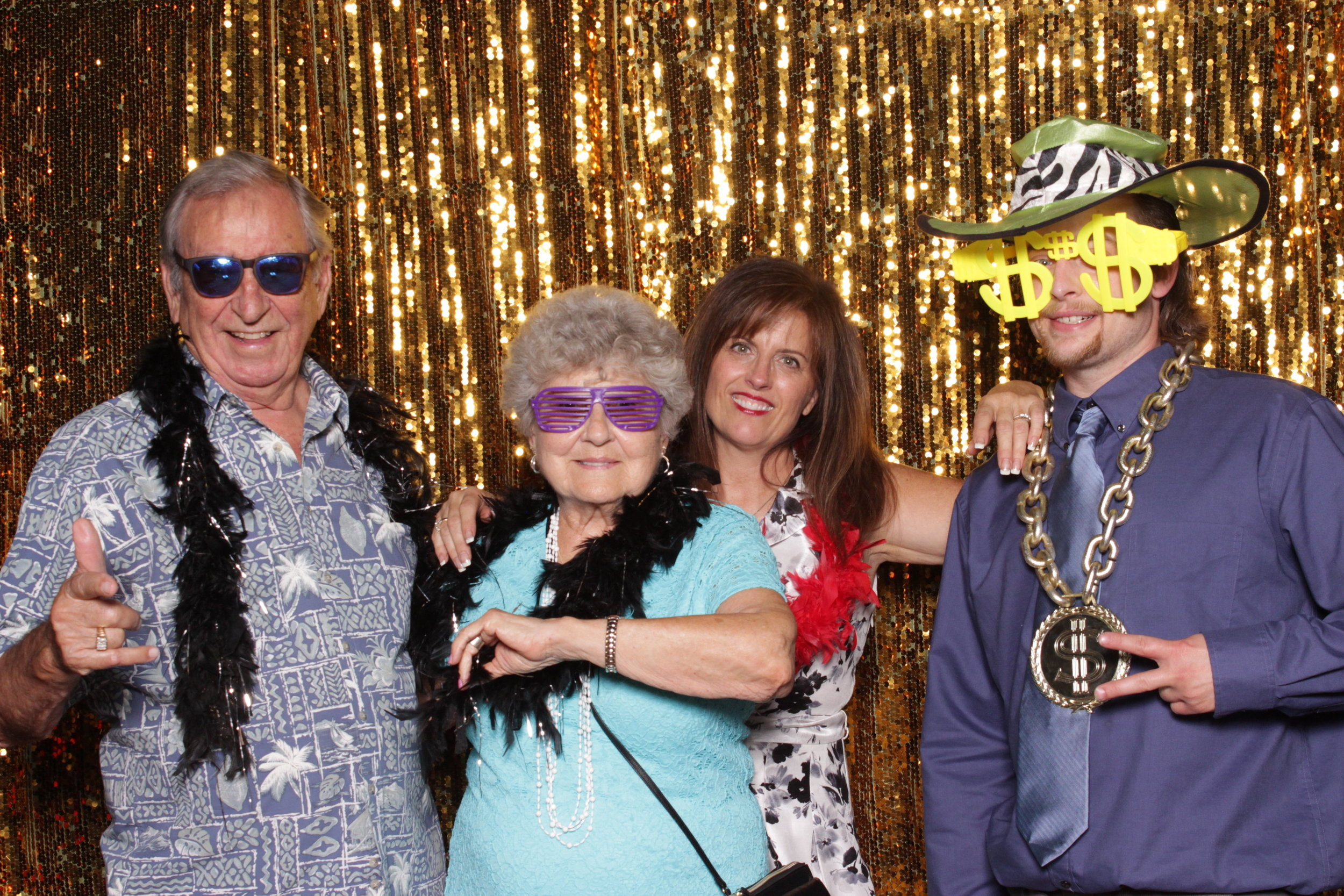 photo-booths-in-chico-rental-wedding-gold-party-peeps