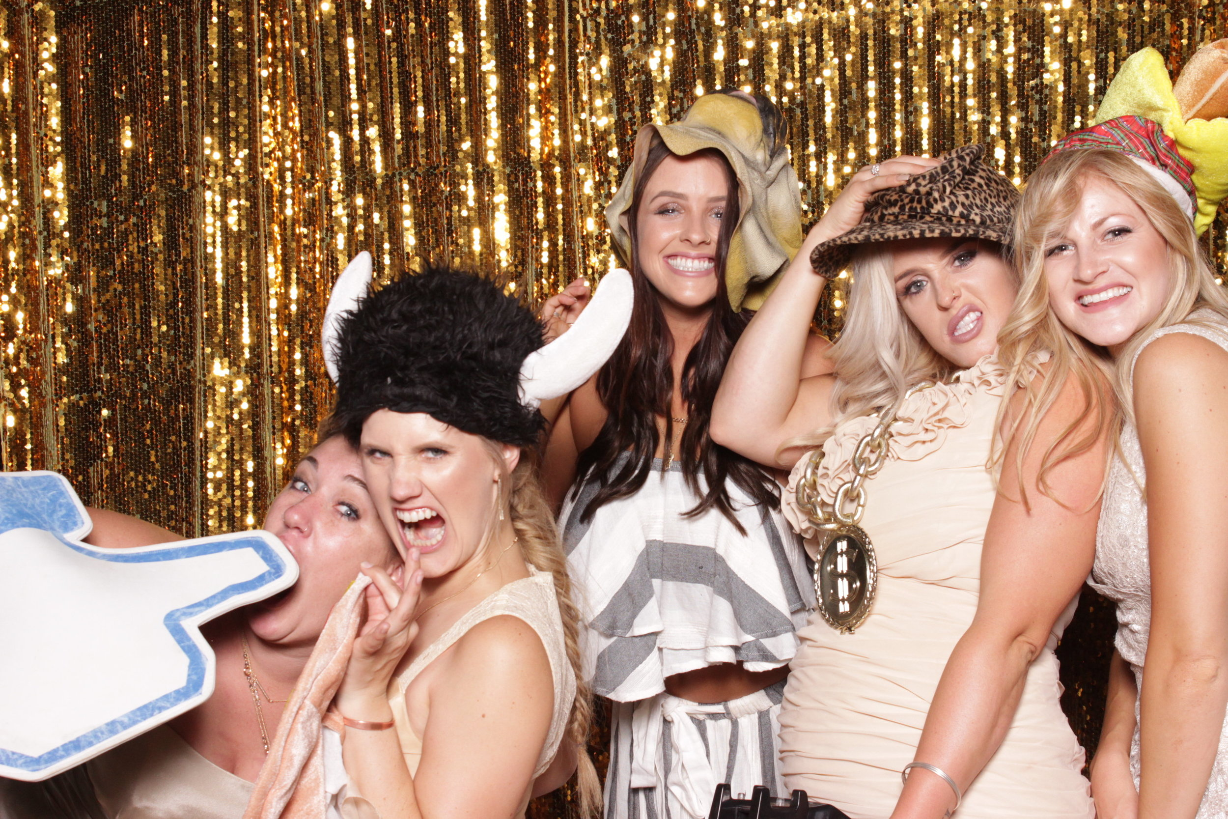 photo-booths-in-chico-rental-wedding-drunk-bridesmaids