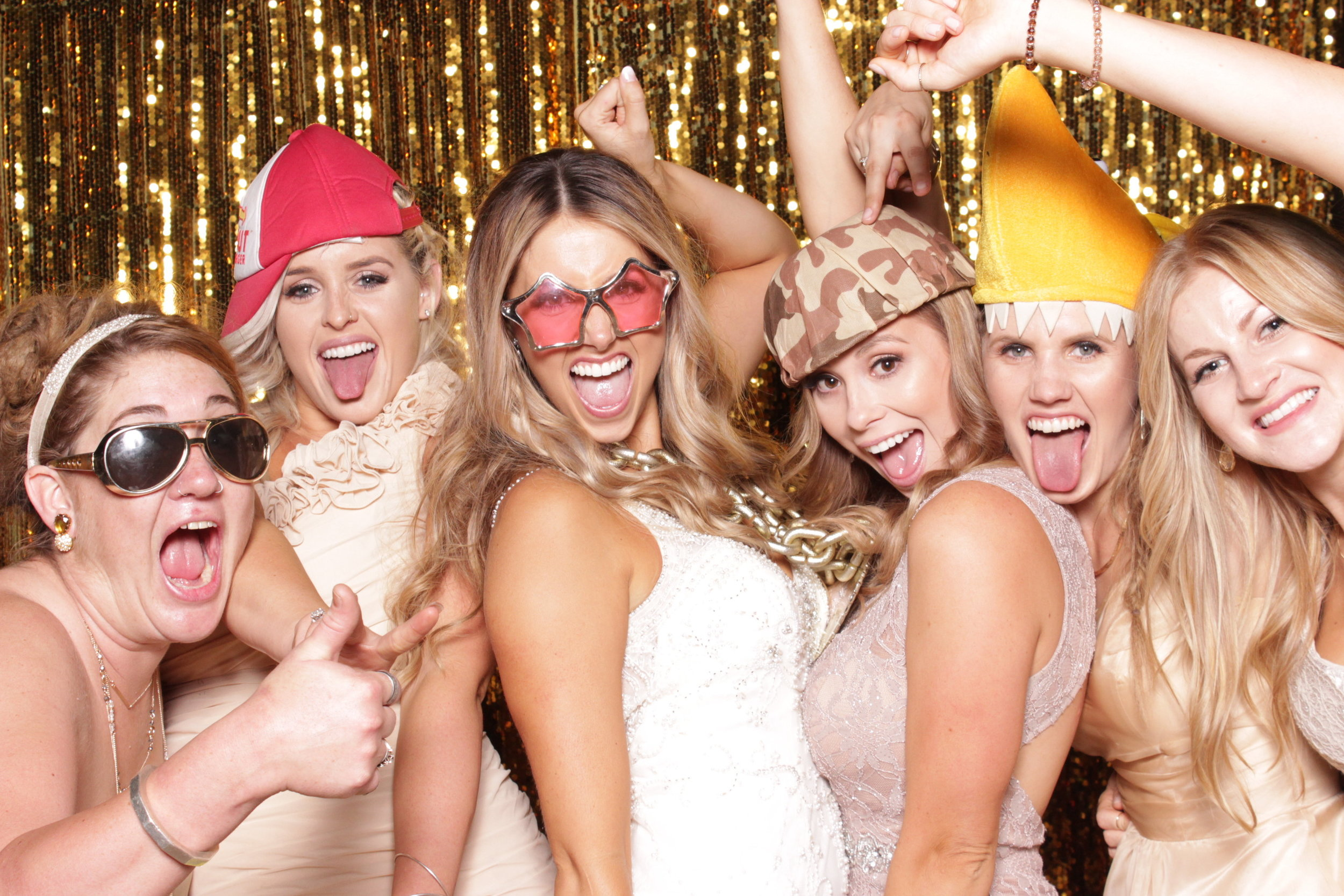 photo-booths-in-chico-rental-wedding-bride-and-her-girls