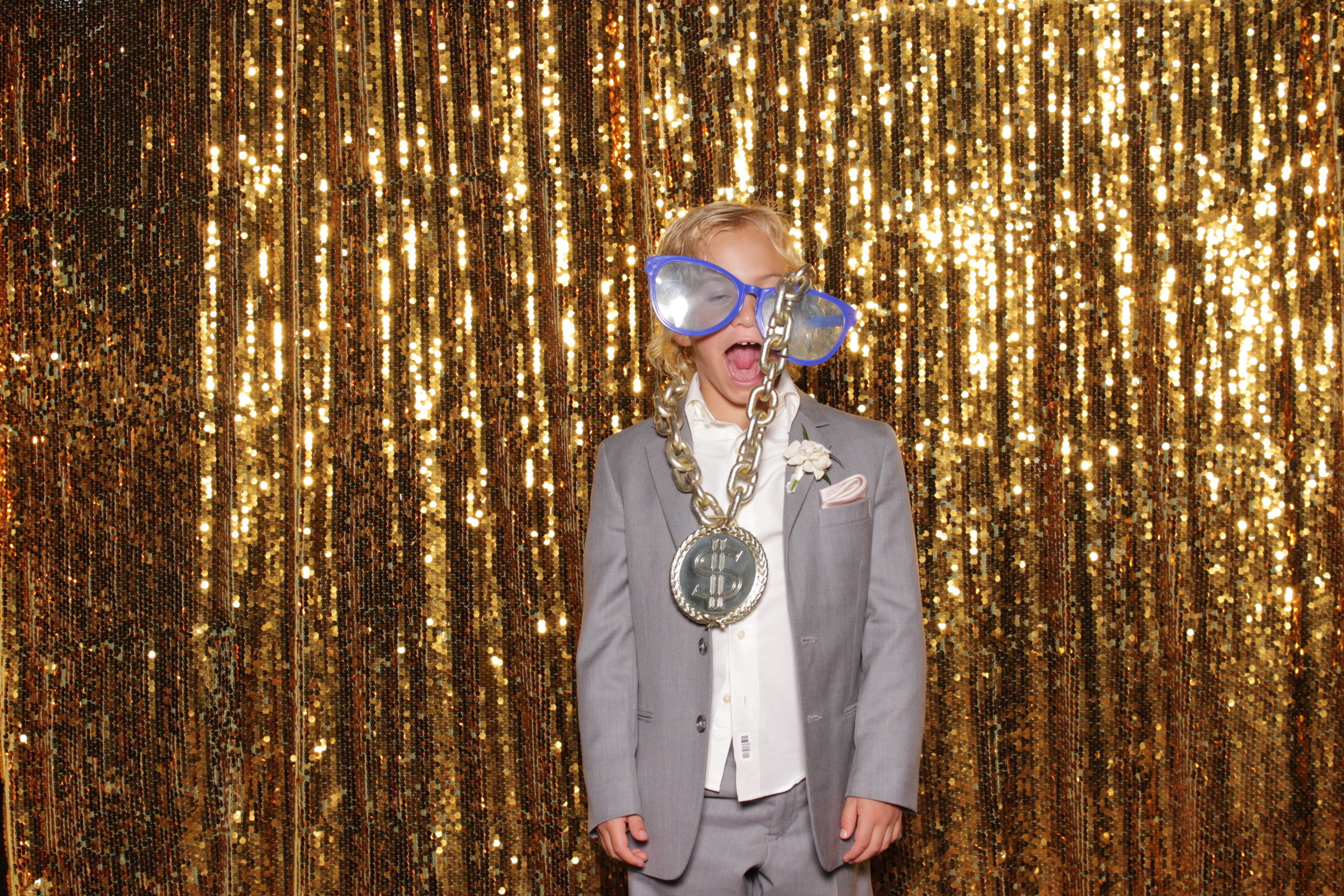 photo-booths-in-chico-rental-wedding-awesome-kid