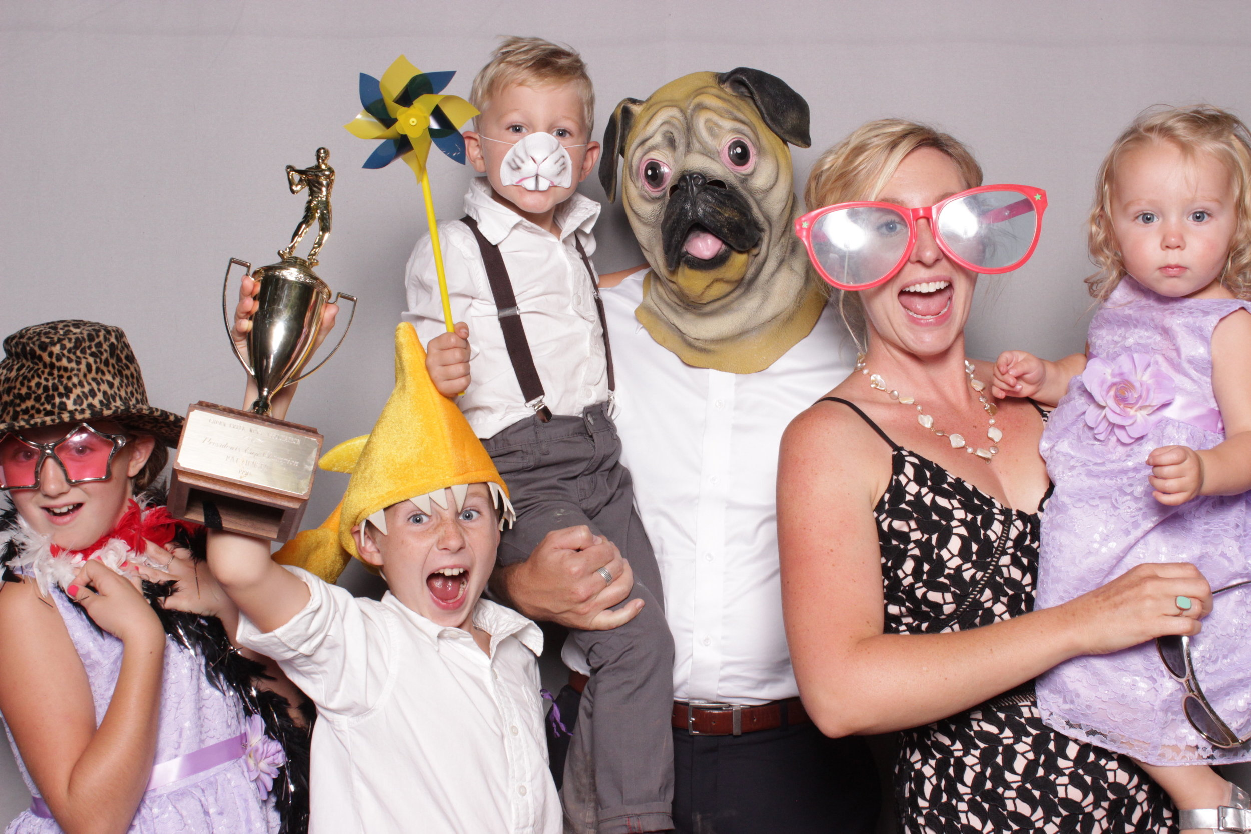 photo-booth-rental-chico-california-family-portraits