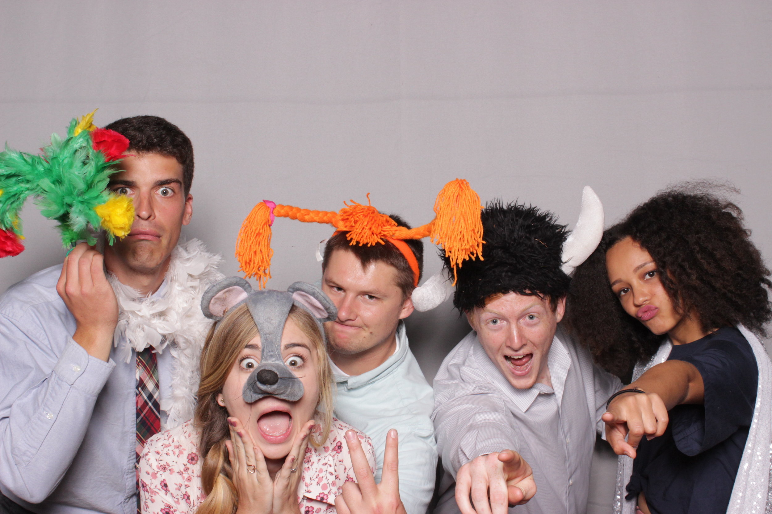 photo-booth-rental-chico-california-gale-vineyards-wedding-terrified-mouse