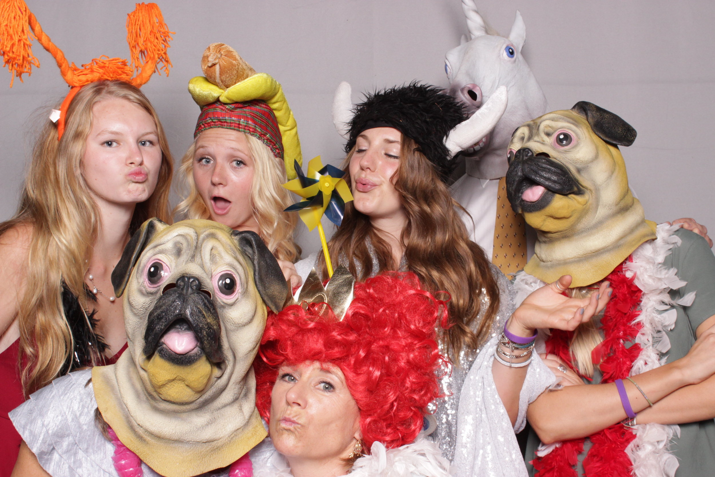 photo-booth-rental-chico-california-gale-vineyards-wedding-pug-fun