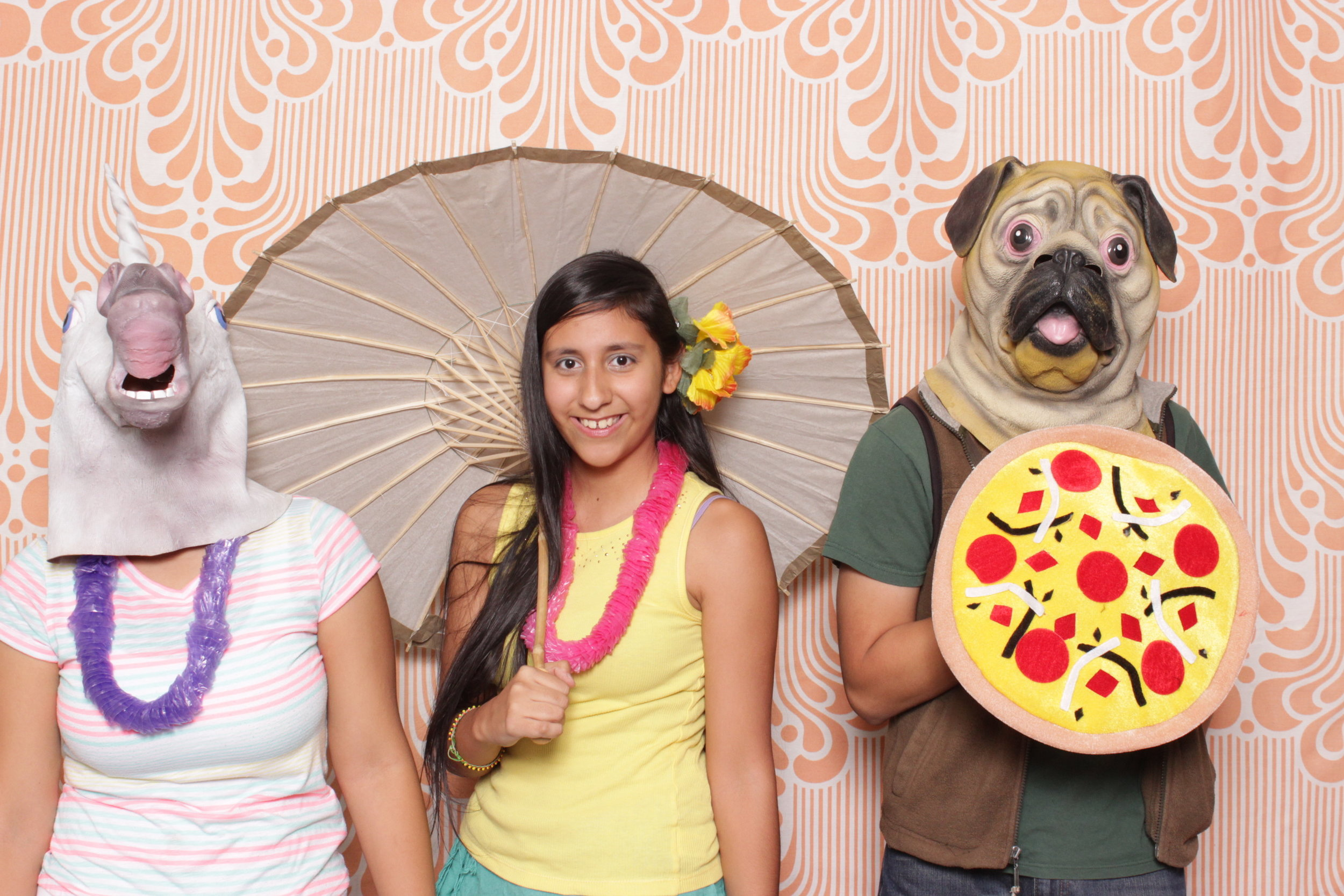 Infinite-hawaiian-luau-party-photo-booth-rental-chico-pizza-pug