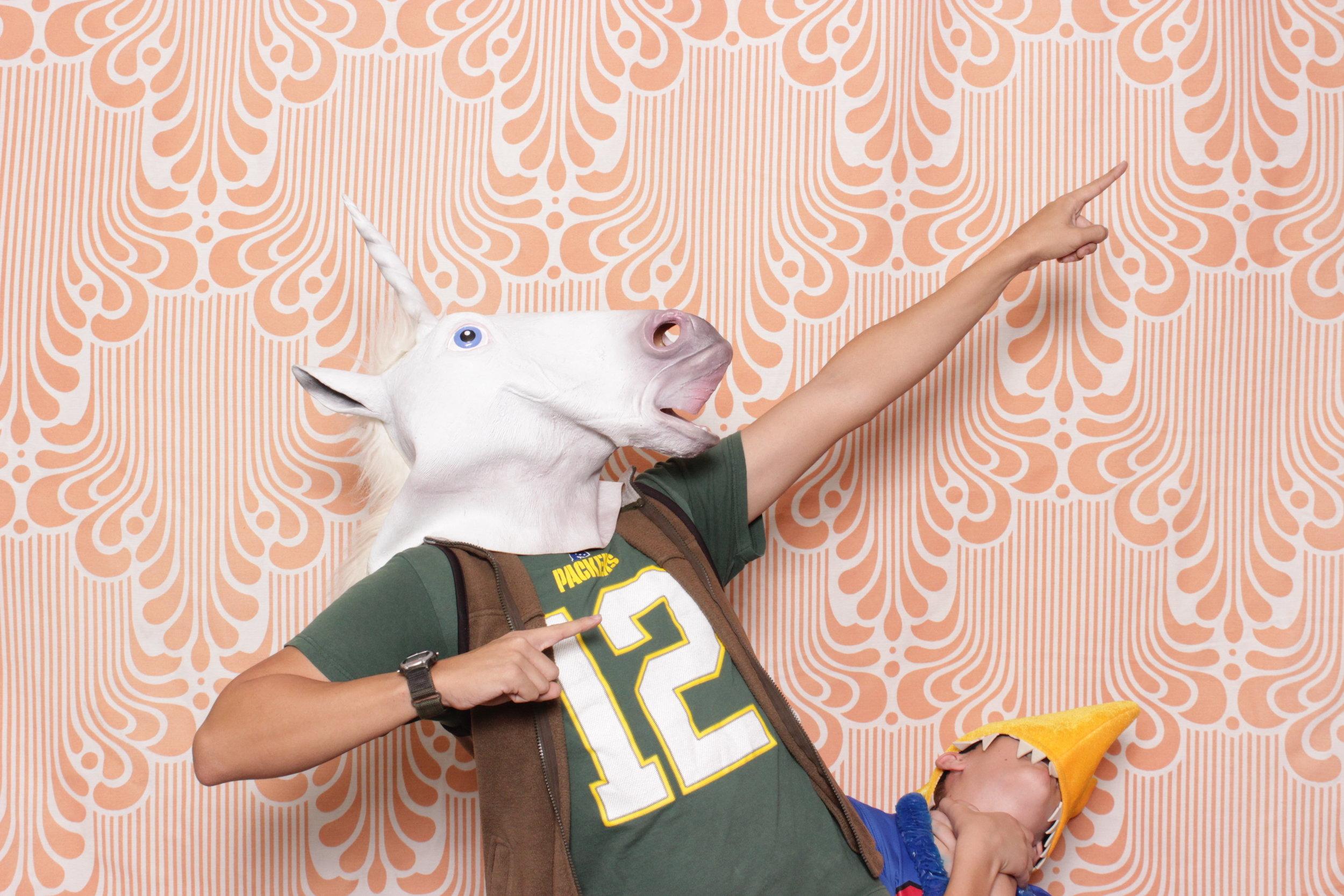 Infinite-hawaiian-luau-party-photo-booth-rental-chico-unicorn