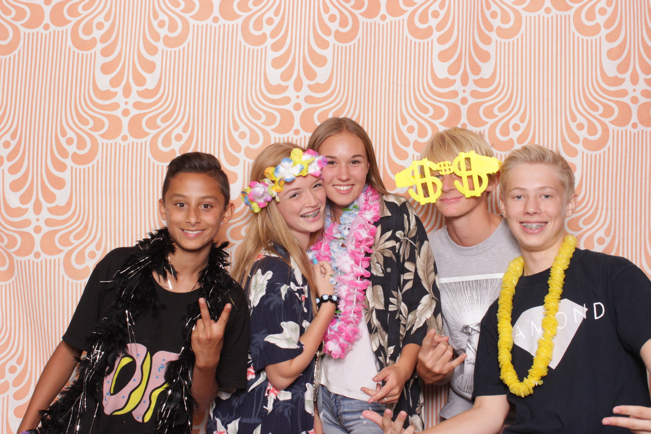 Infinite-hawaiian-luau-party-photo-booth-rental-chico-freshman