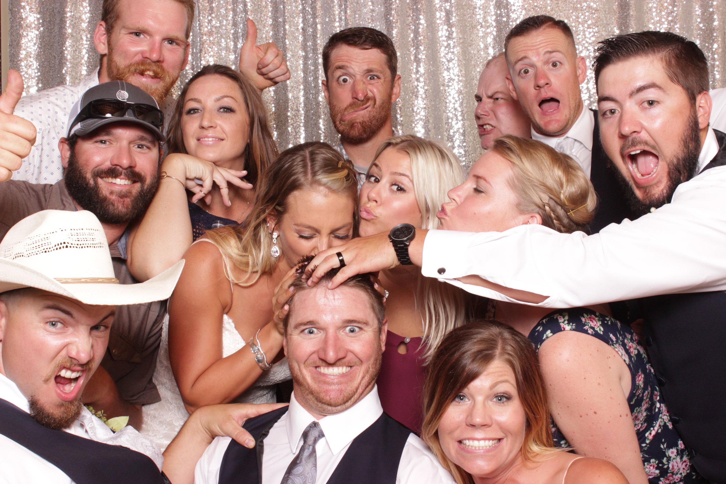 large-group-photo-booth-for-chico-wedding