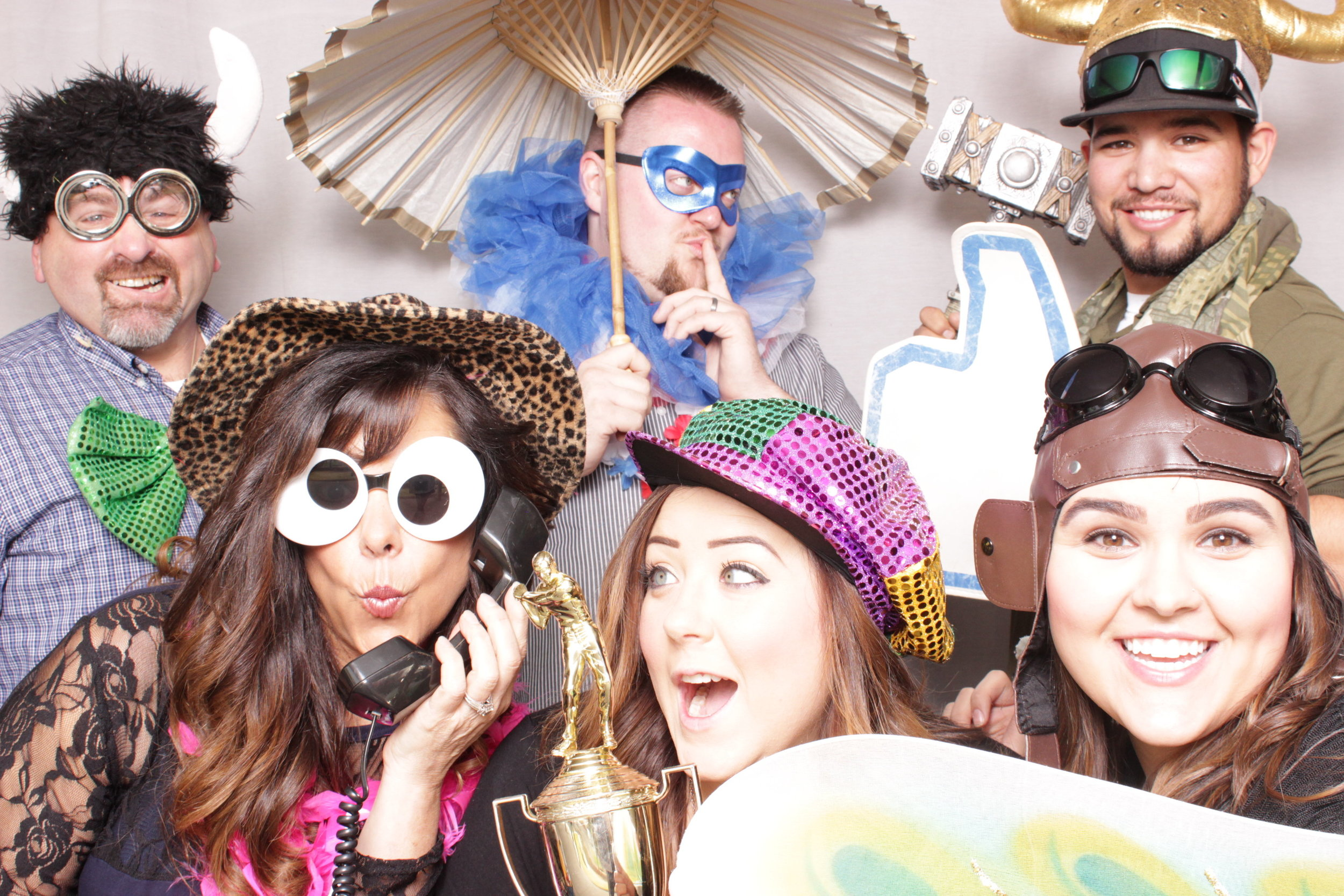 Chico-photo-booth-rental-with-props