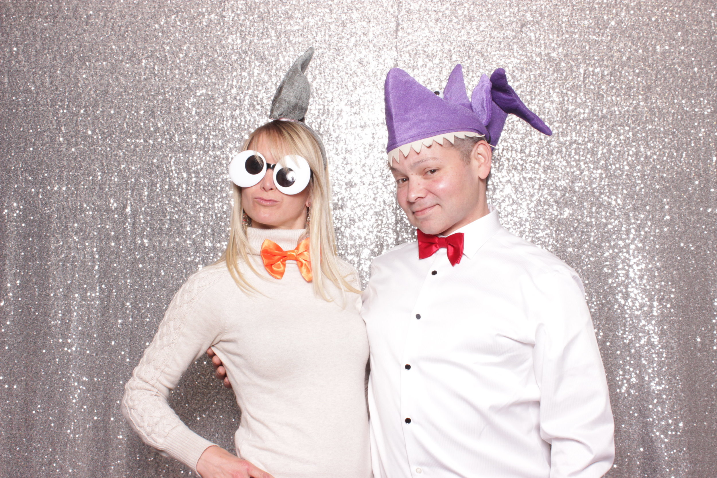 Chico-photo-booth-rental-with-hats