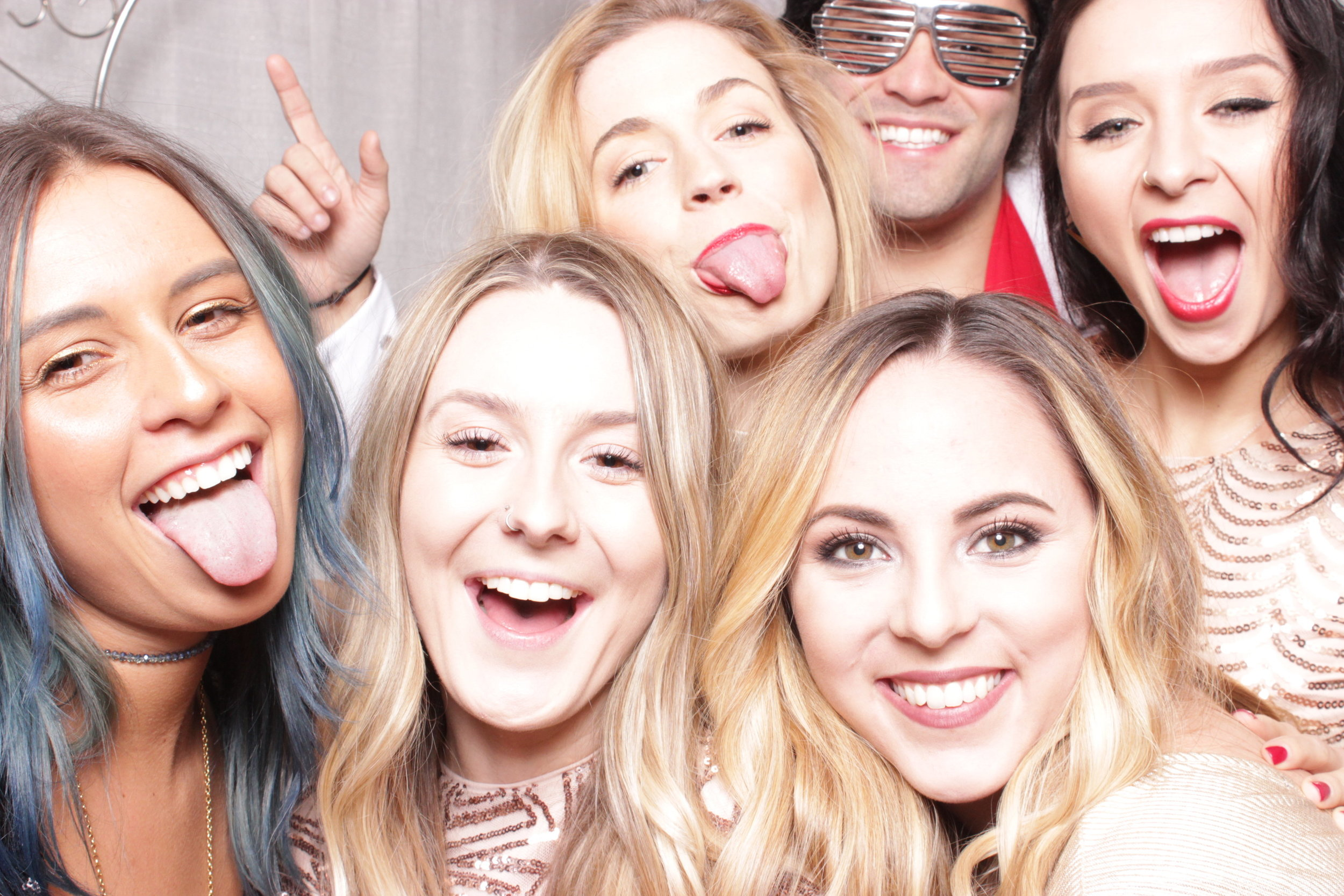 Chico-photo-booth-rental-props-fun-parties