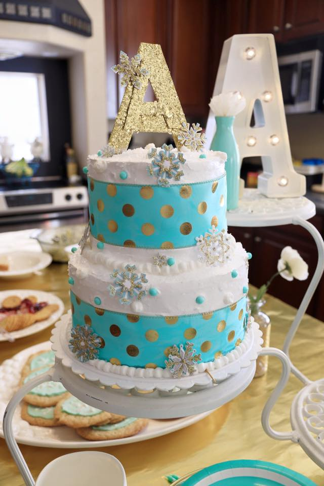 My mom creates the most delicious and BEAUTIFUL cakes!! Thank you, Grandma Debbie!