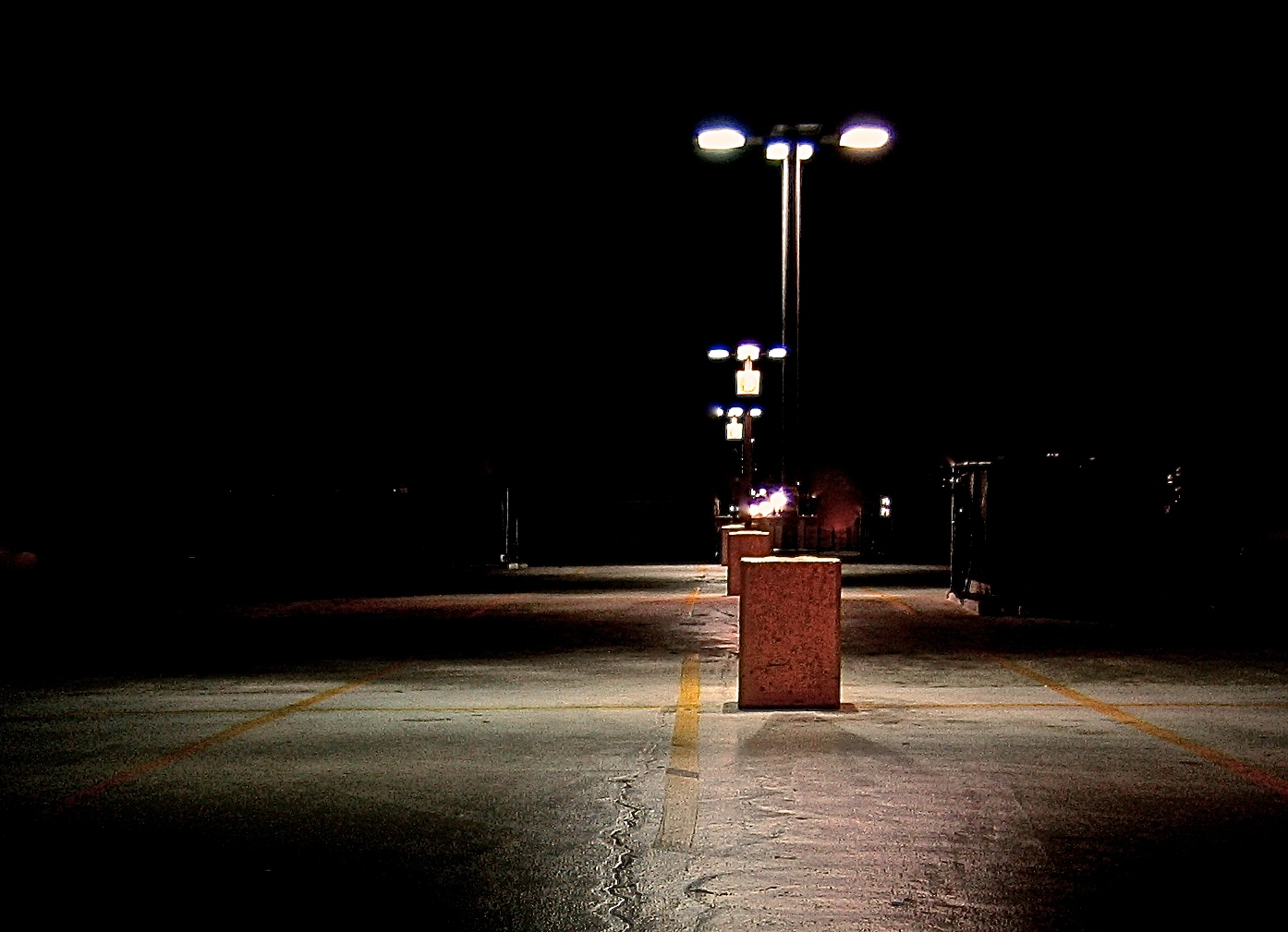 close on the lamp very dark.442692499_145a72a168_o.jpg